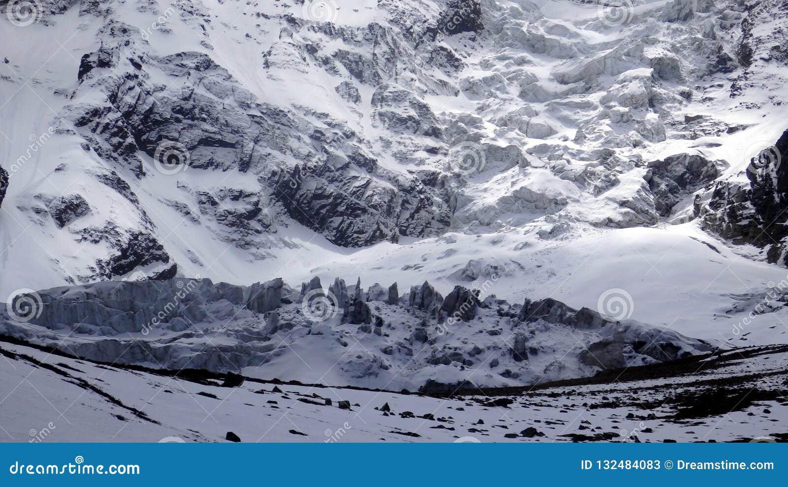 Montanha no circuito de Annapurna, Nepal