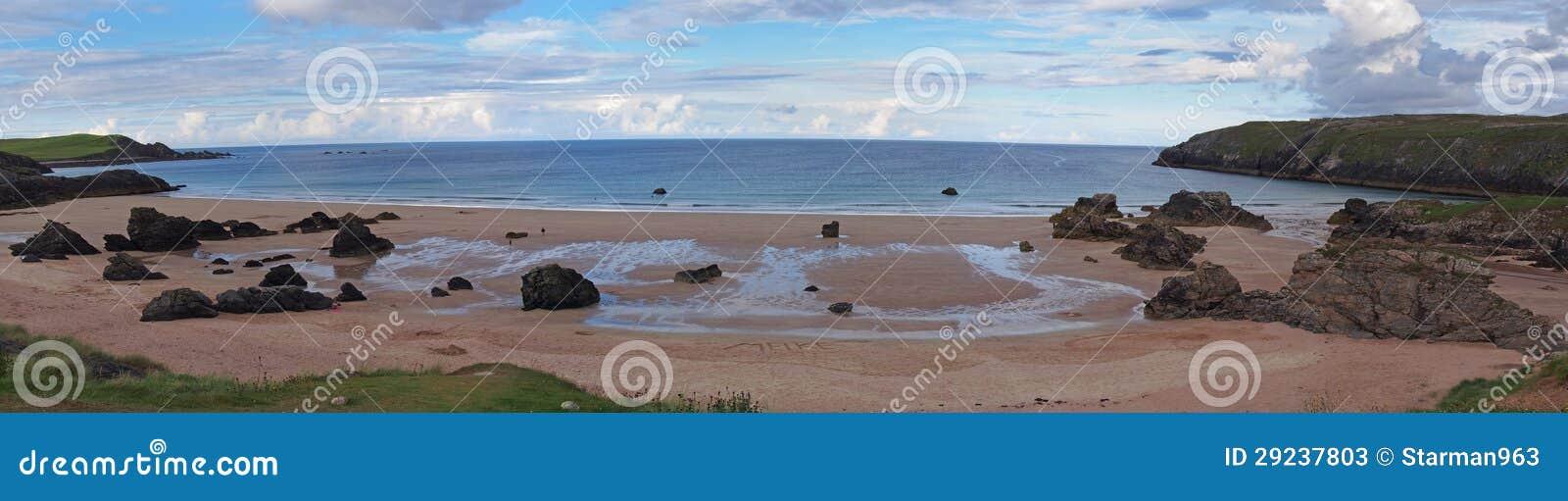 Download Montanhas Da Praia De Durness Imagem de Stock - Imagem de atlantic, ninguém: 29237803