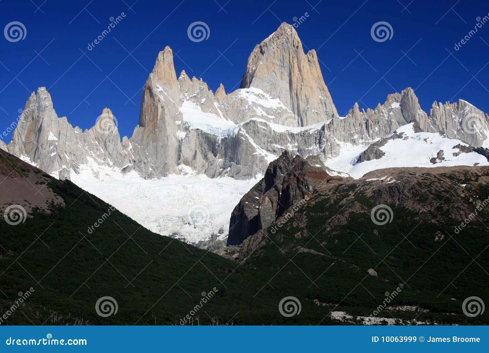 Monte o aka de Fitz Roy Argentina a montanha de fumo