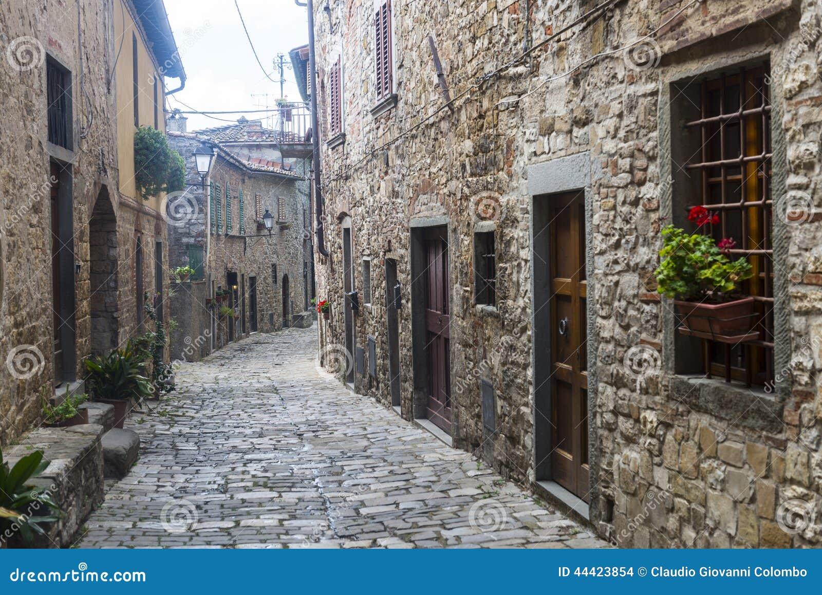 Montefioralle (Chianti, Toscânia)