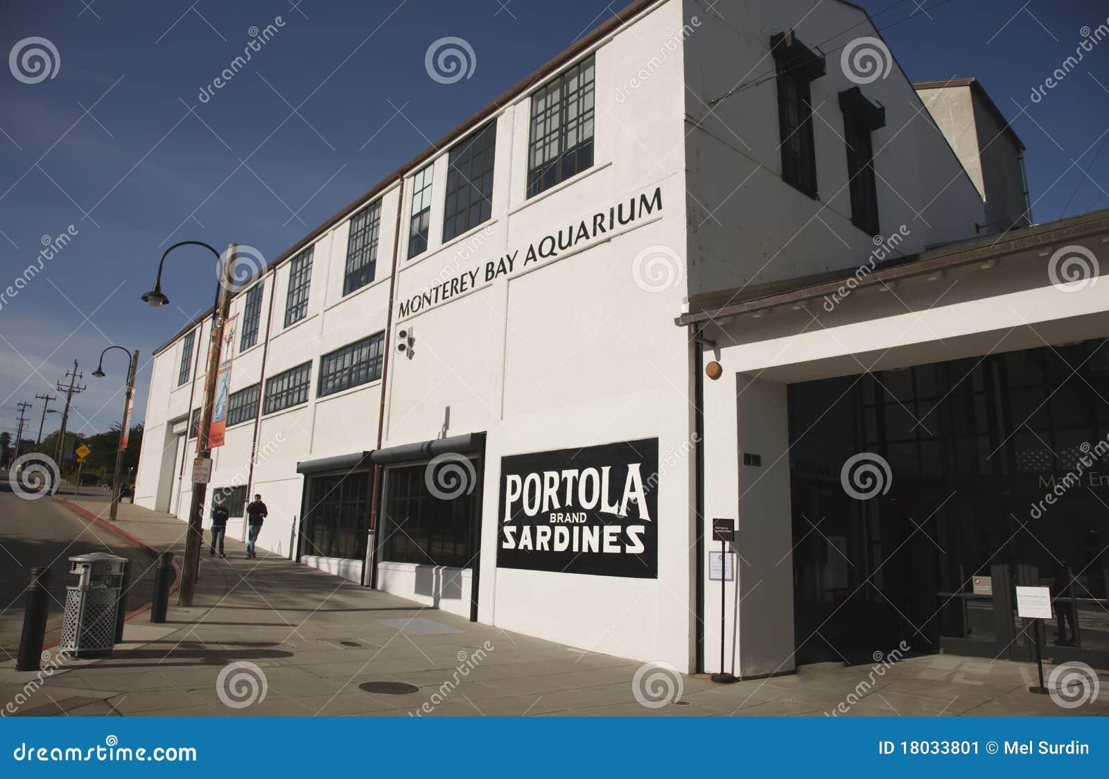 Monterey Bay Aquarium Editorial Photo Image 18033801