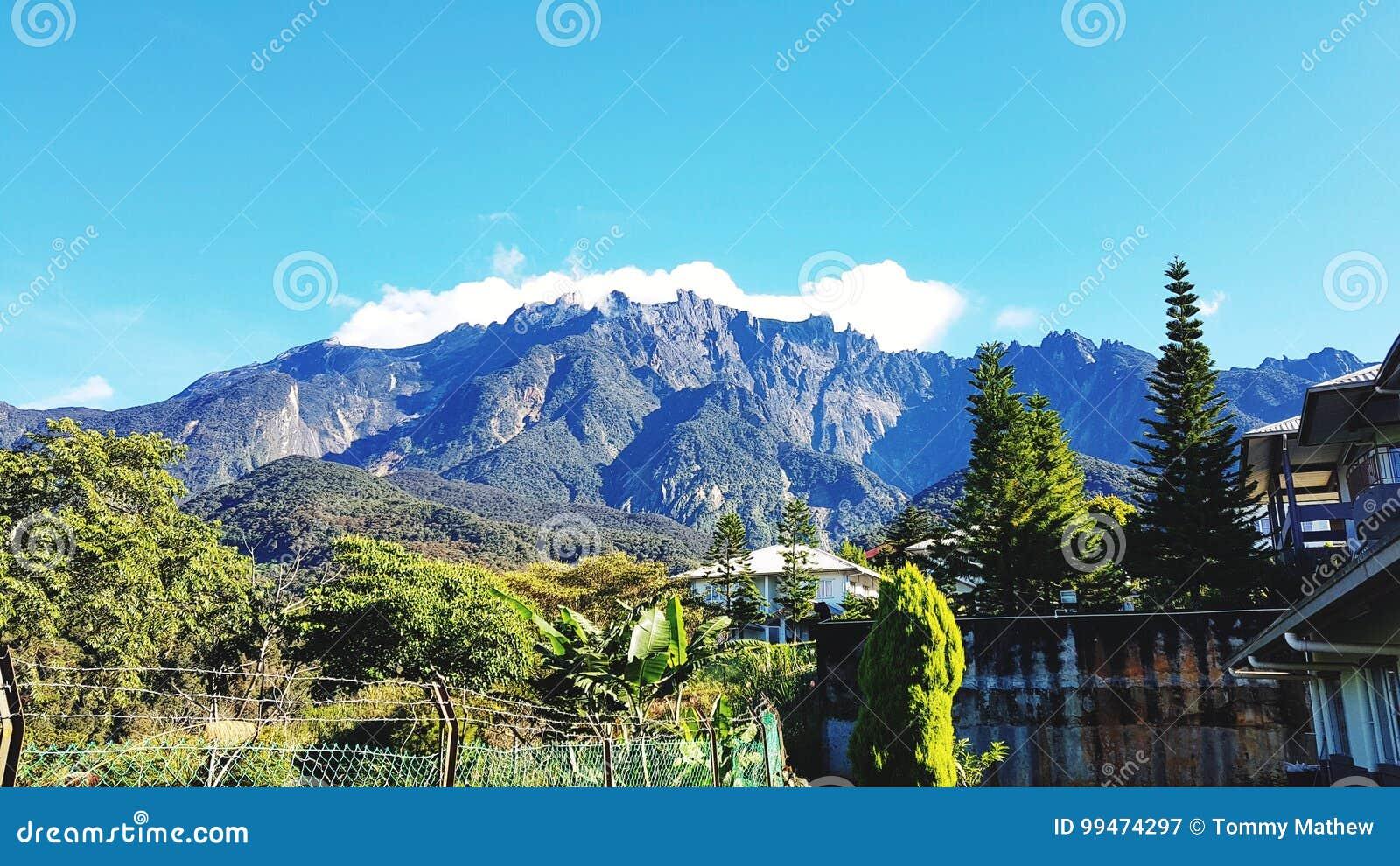 Montering Kinabalu