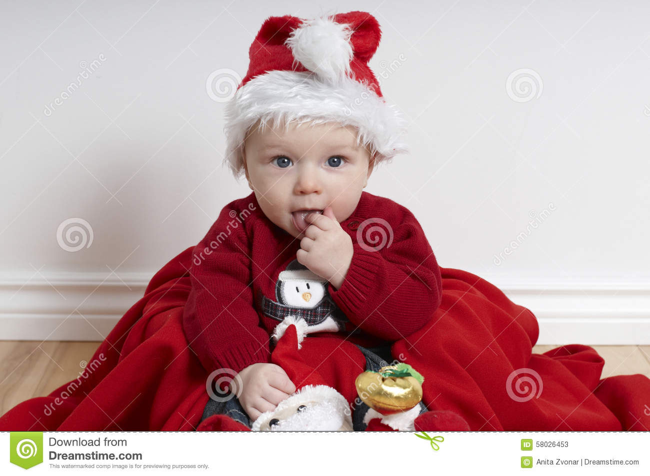 f597423ec 6 Month Old Baby On Christmas Wearing Santa Hat Stock Image - Image ...