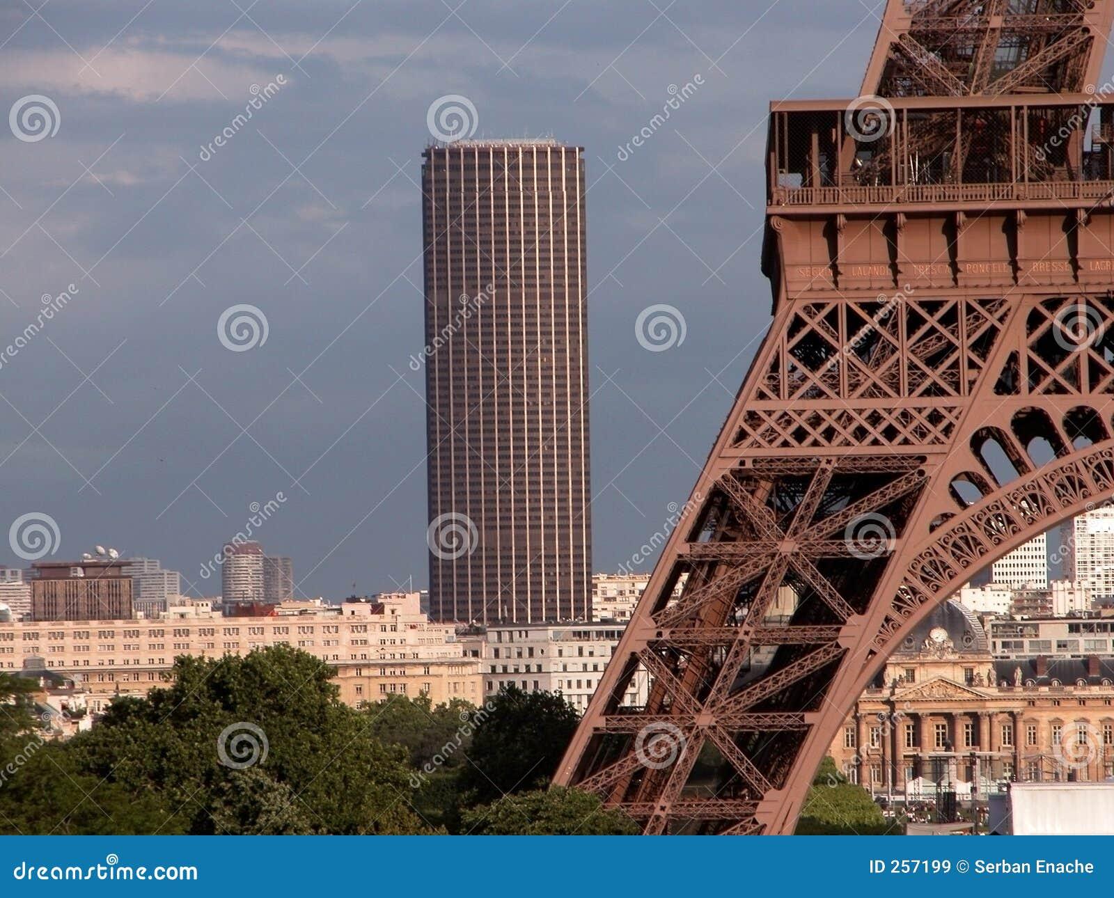 Montparnasse塔