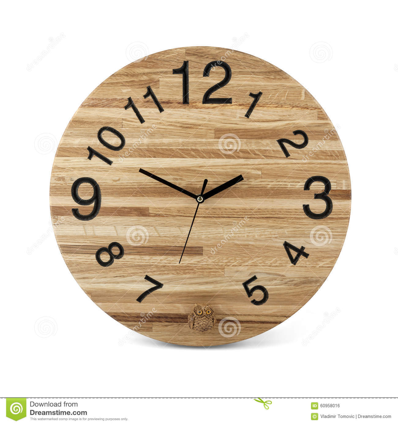 montre ronde en bois de mur avec le jouet de hibou horloge d 39 isolement sur b blanc photo stock. Black Bedroom Furniture Sets. Home Design Ideas