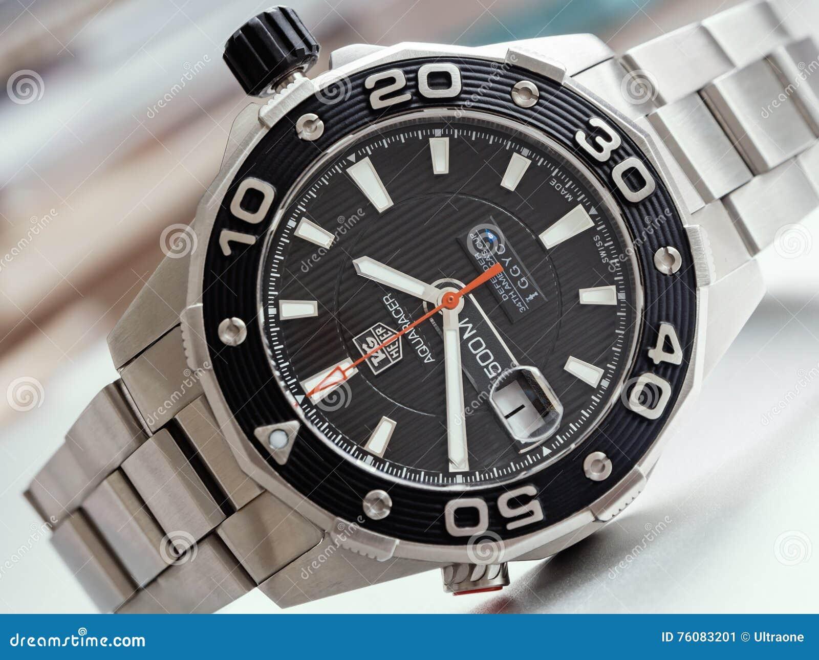 Montres des plongeurs des hommes de Heuer d étiquette 500 Aquaracer