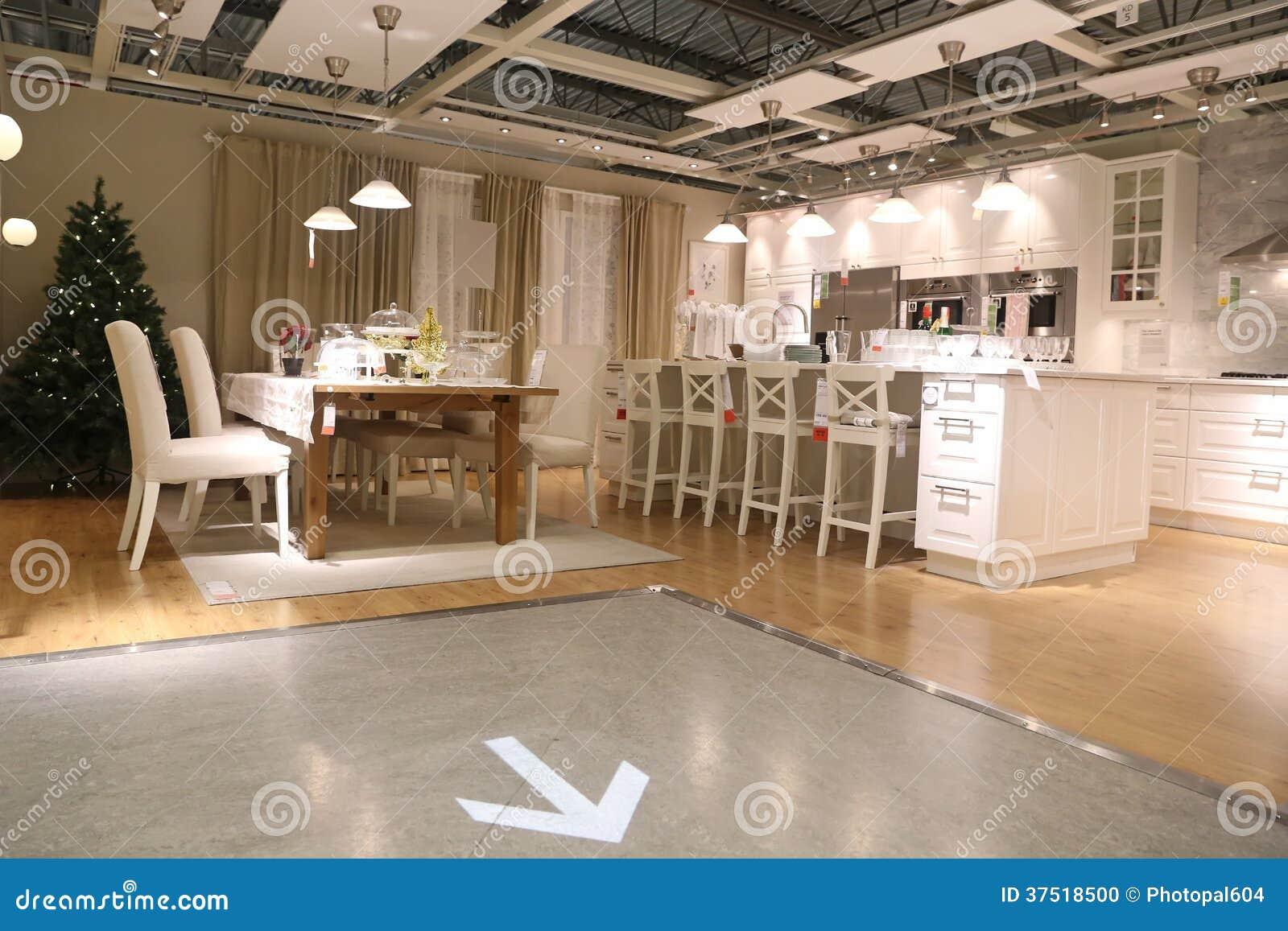 montrez la pi ce l 39 int rieur du magasin d 39 ikea image ditorial image 37518500. Black Bedroom Furniture Sets. Home Design Ideas