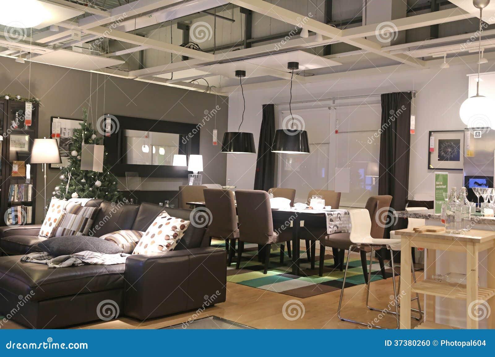 montrez la pi ce l 39 int rieur du magasin d 39 ikea image ditorial image 37380260. Black Bedroom Furniture Sets. Home Design Ideas