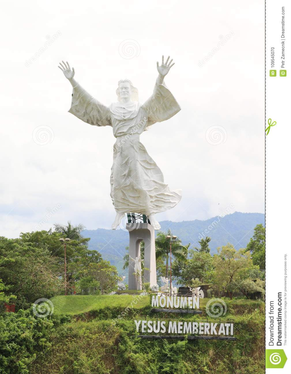 24 yesus photos free royalty free stock photos from dreamstime https www dreamstime com monumen yesus memberkati monumen yesus memberkati hudge white statue jesus as monument manado north sulawesi indonesia image109545070