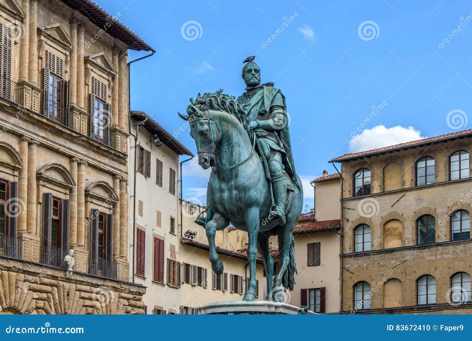 Monument av Cosimo I Medici in i piazzadellaen Signoria i Florence