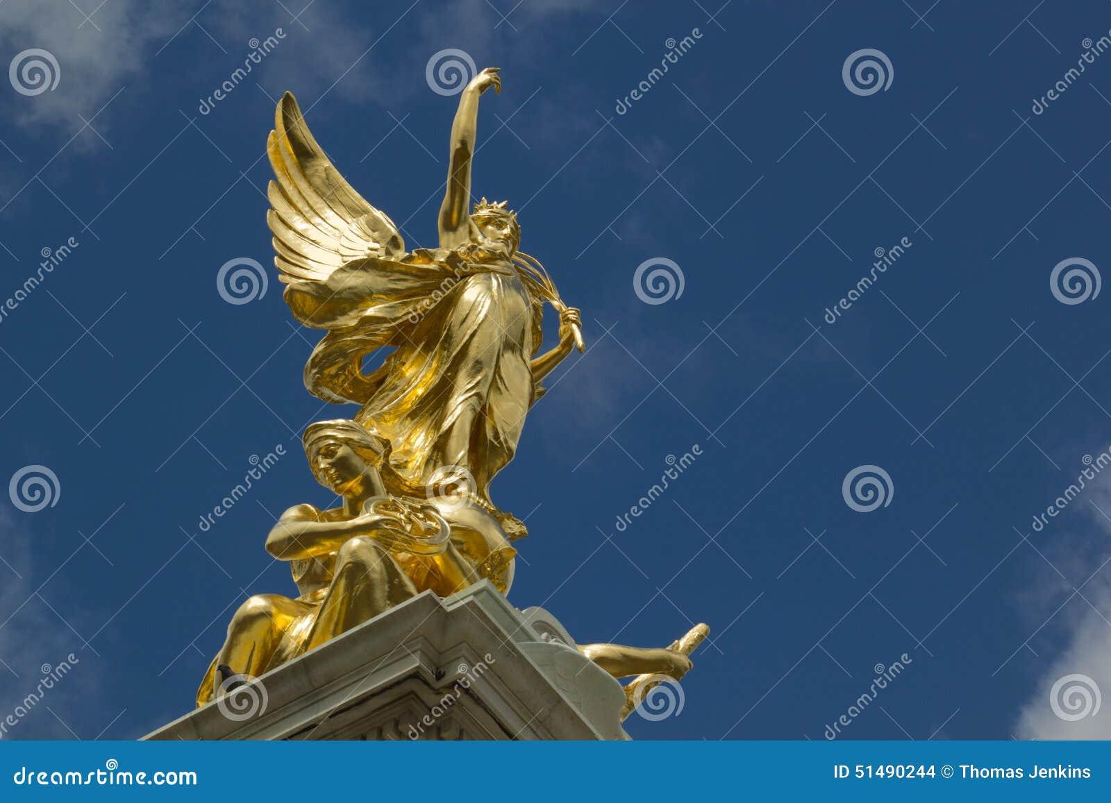 Monument d 39 or de statue d 39 ange londres photo stock image 51490244 - Statue d ange pour exterieur ...