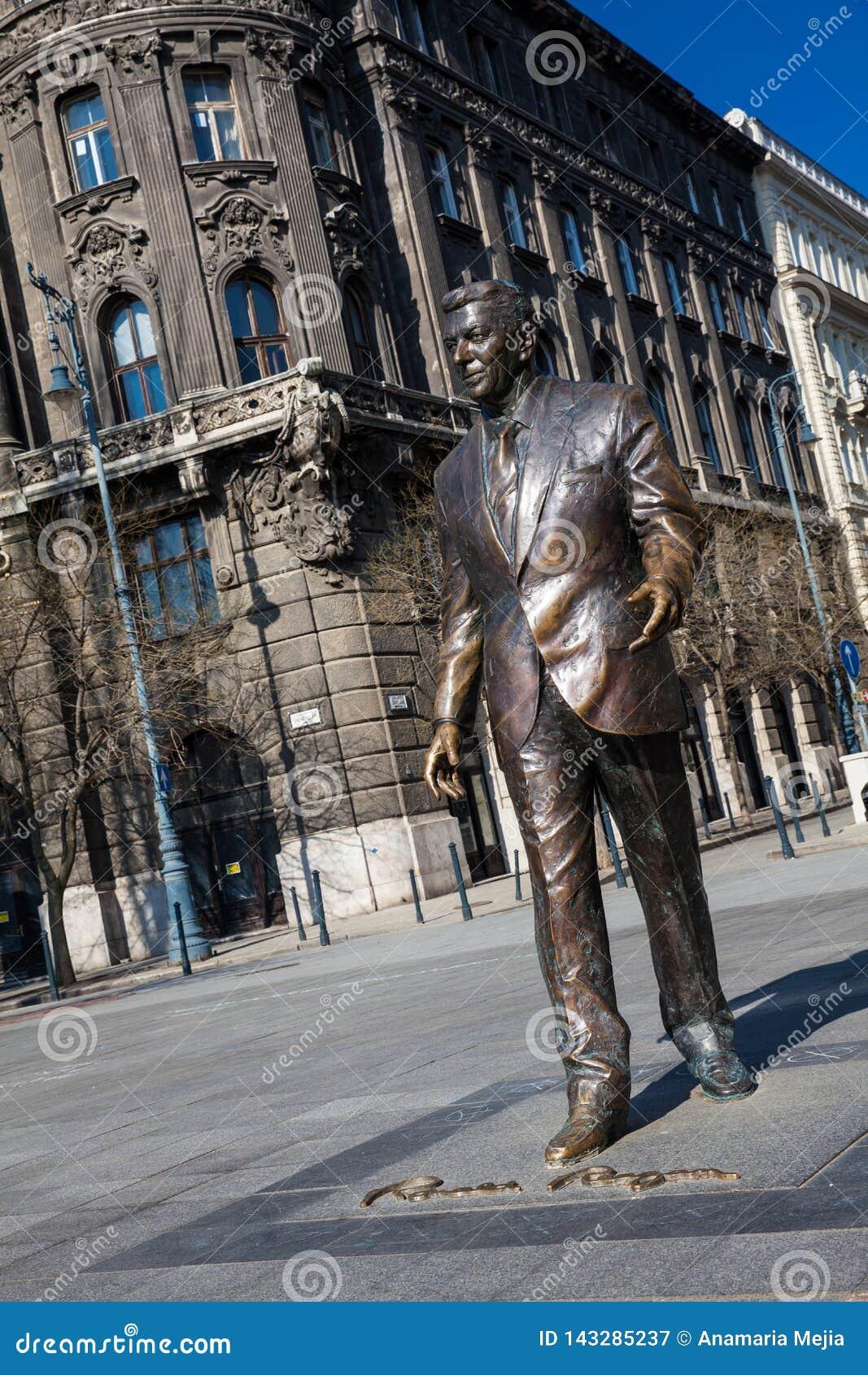 Monument de Ronald Reagan chez Liberty Square à Budapest