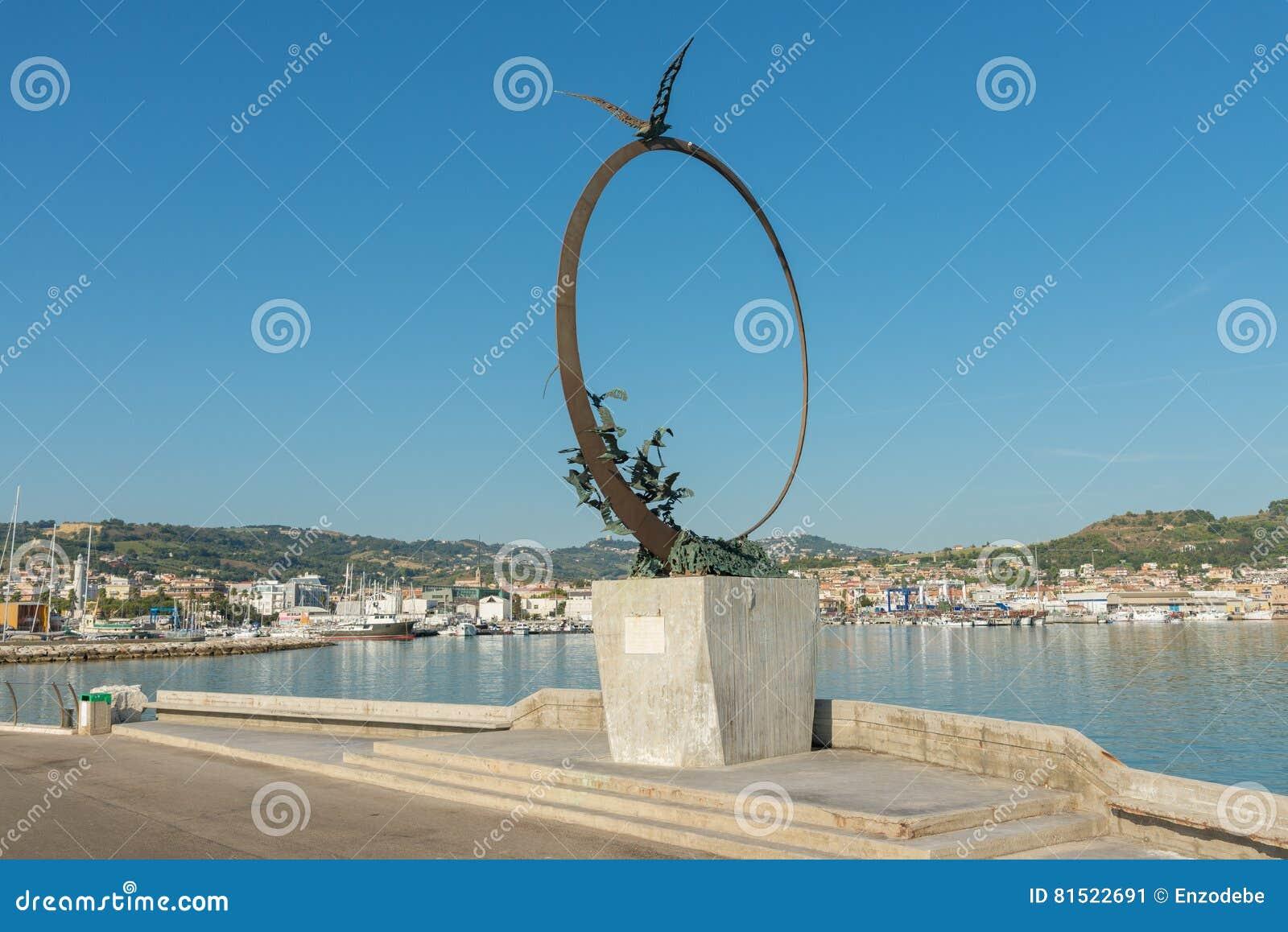Monument Jonathan Livingston - S Bendetto del Tronto - IT