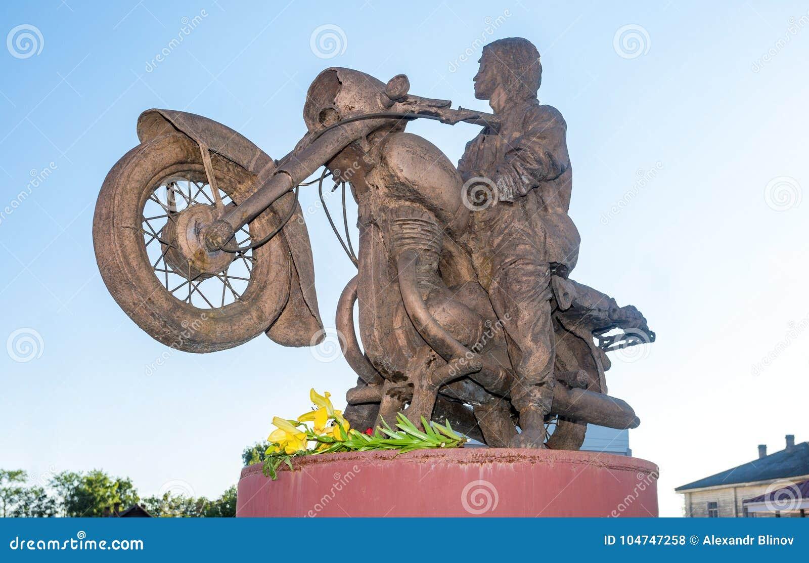 Monument to Viktor Tsoi will go to the Novgorod region 09/29/2015 95