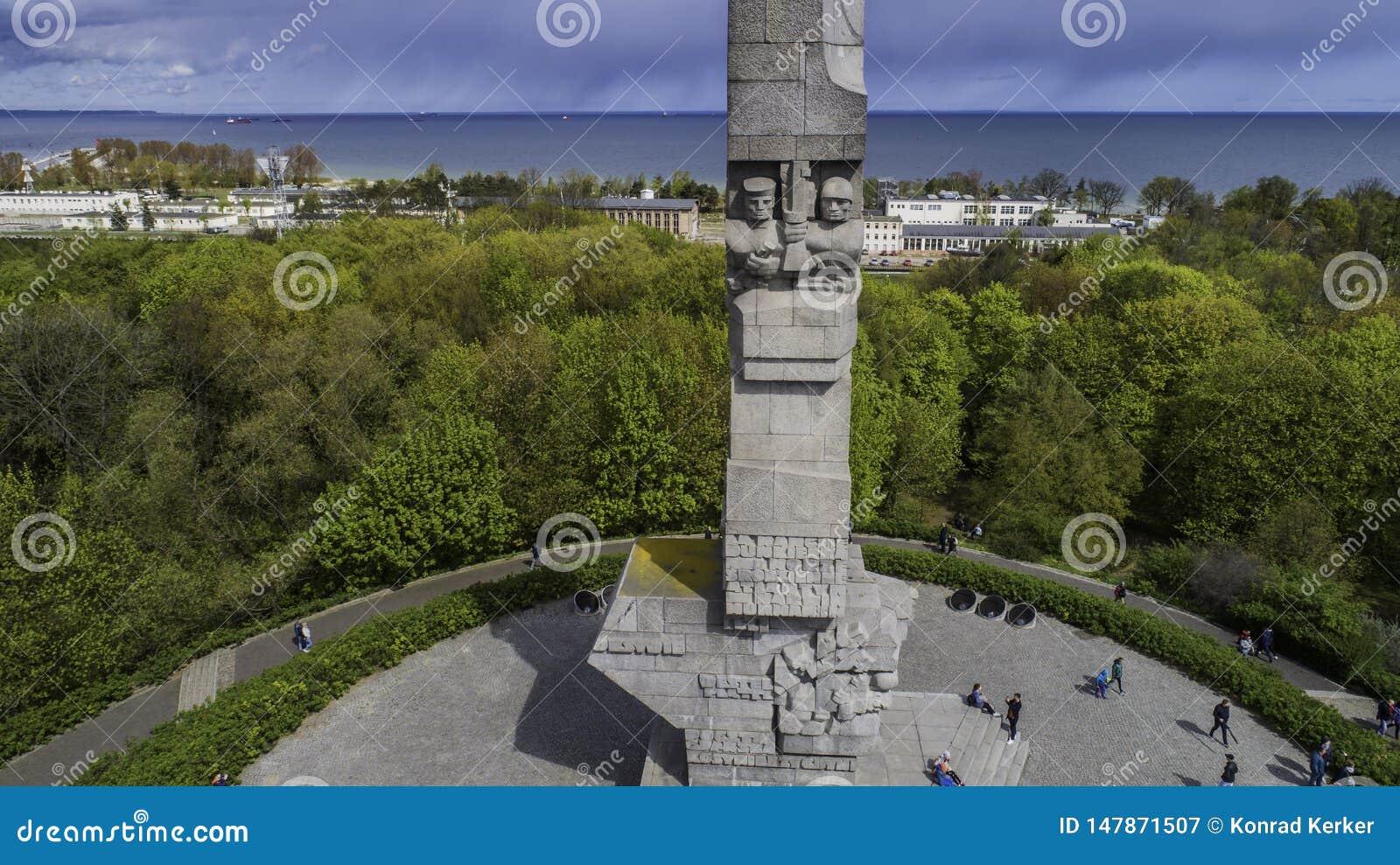 Monument Westerplatte zum Gedenken an polnische Verteidiger von einer Vogelschau
