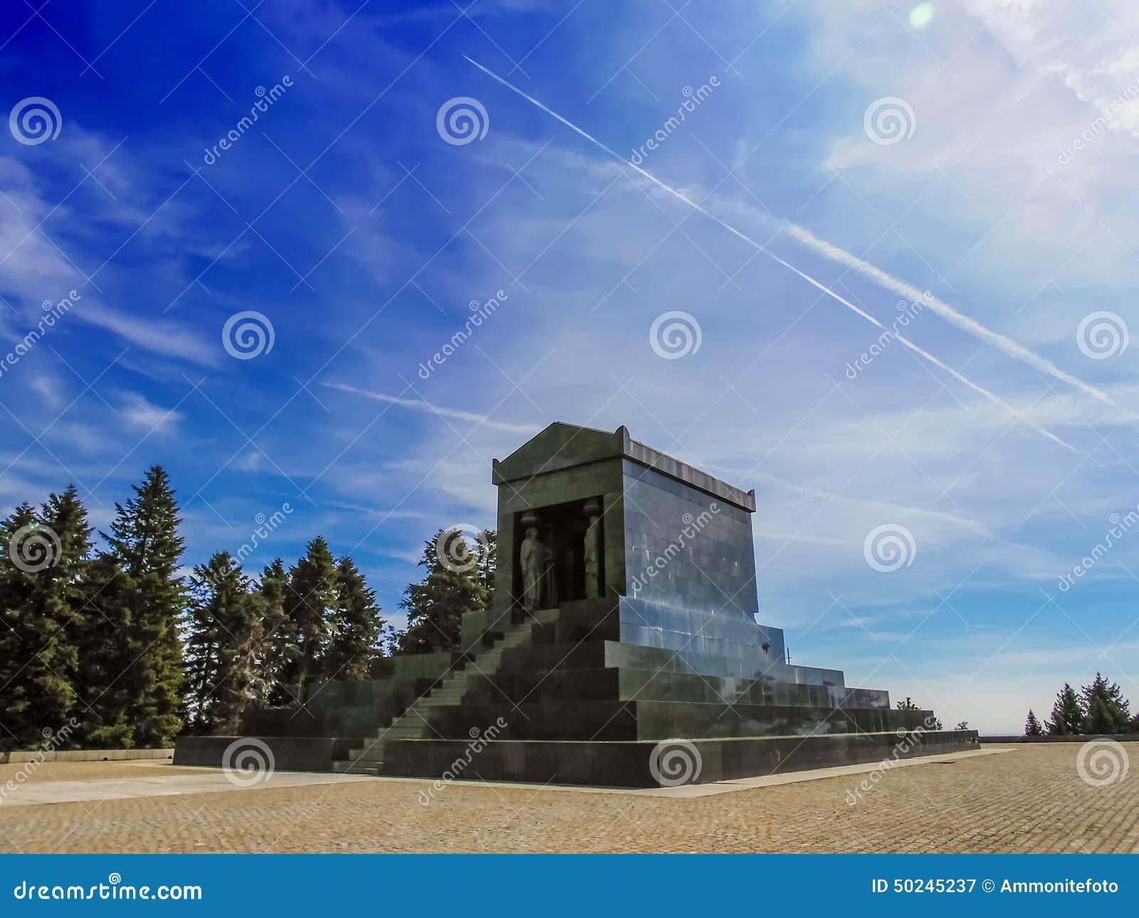 Monument zum unbekannten Helden in Belgrad