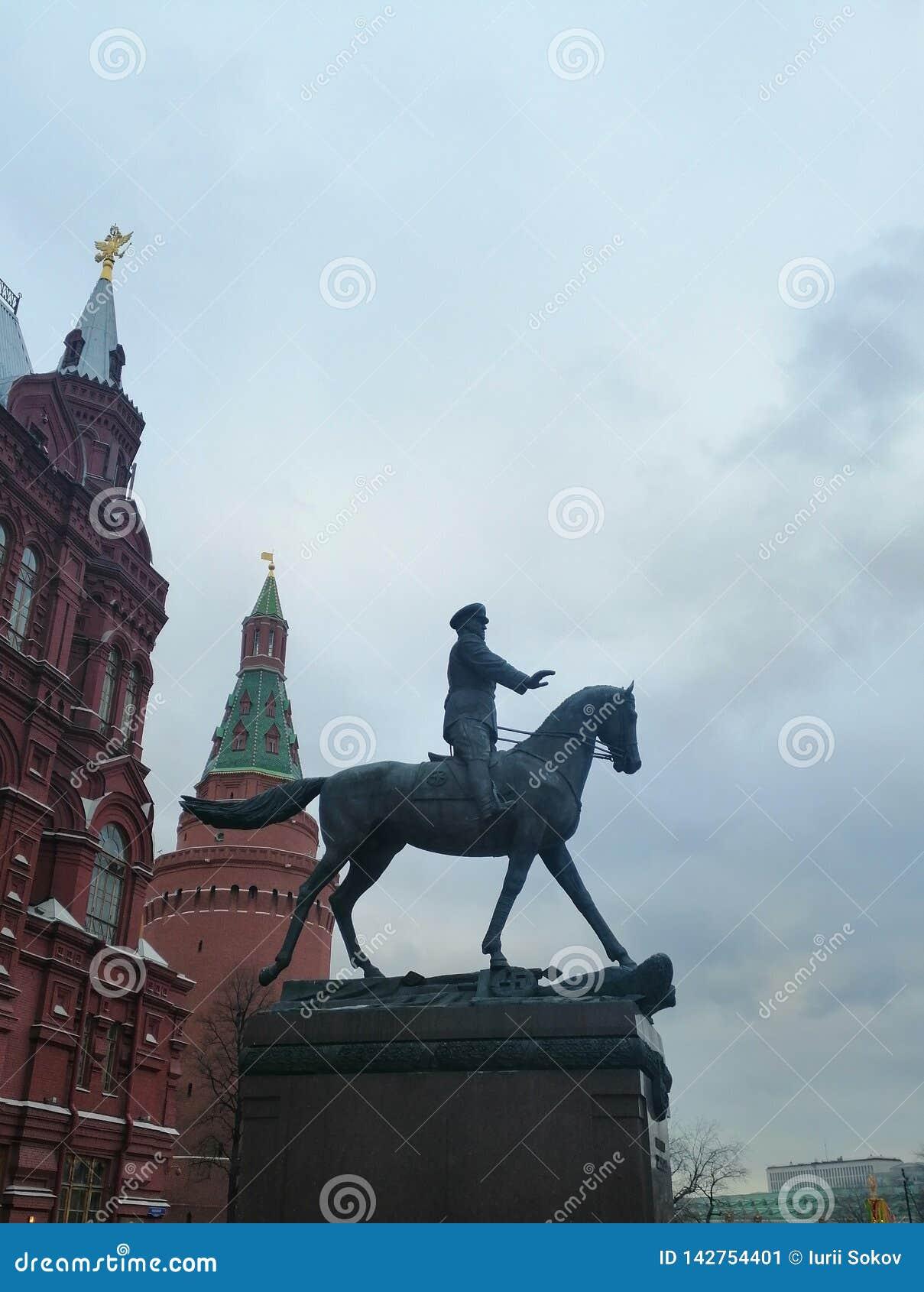 Monumento ao marechal a cavalo