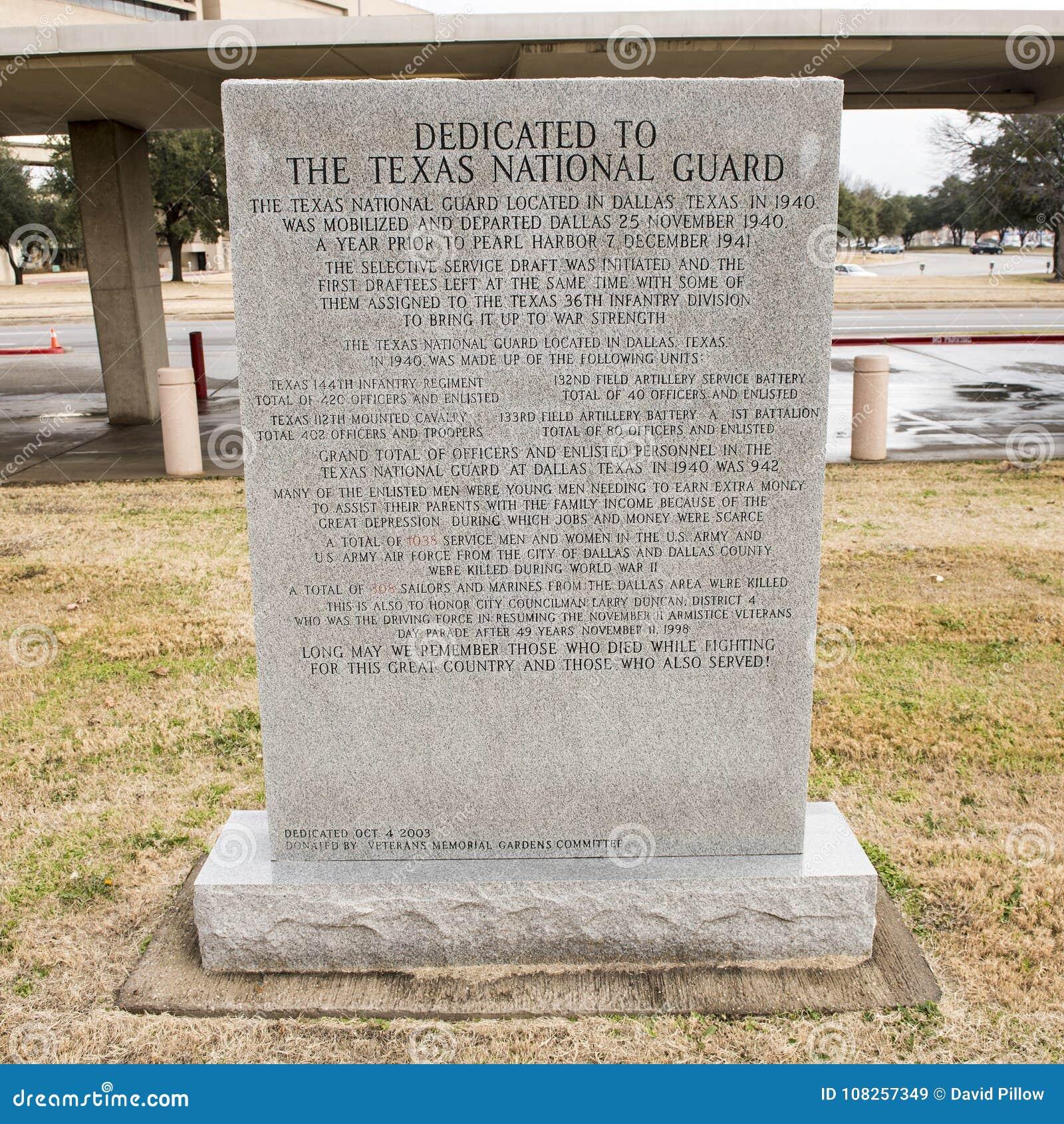 Monumento da guerra dedicado a Texas National Guard no jardim do memorial dos veteranos