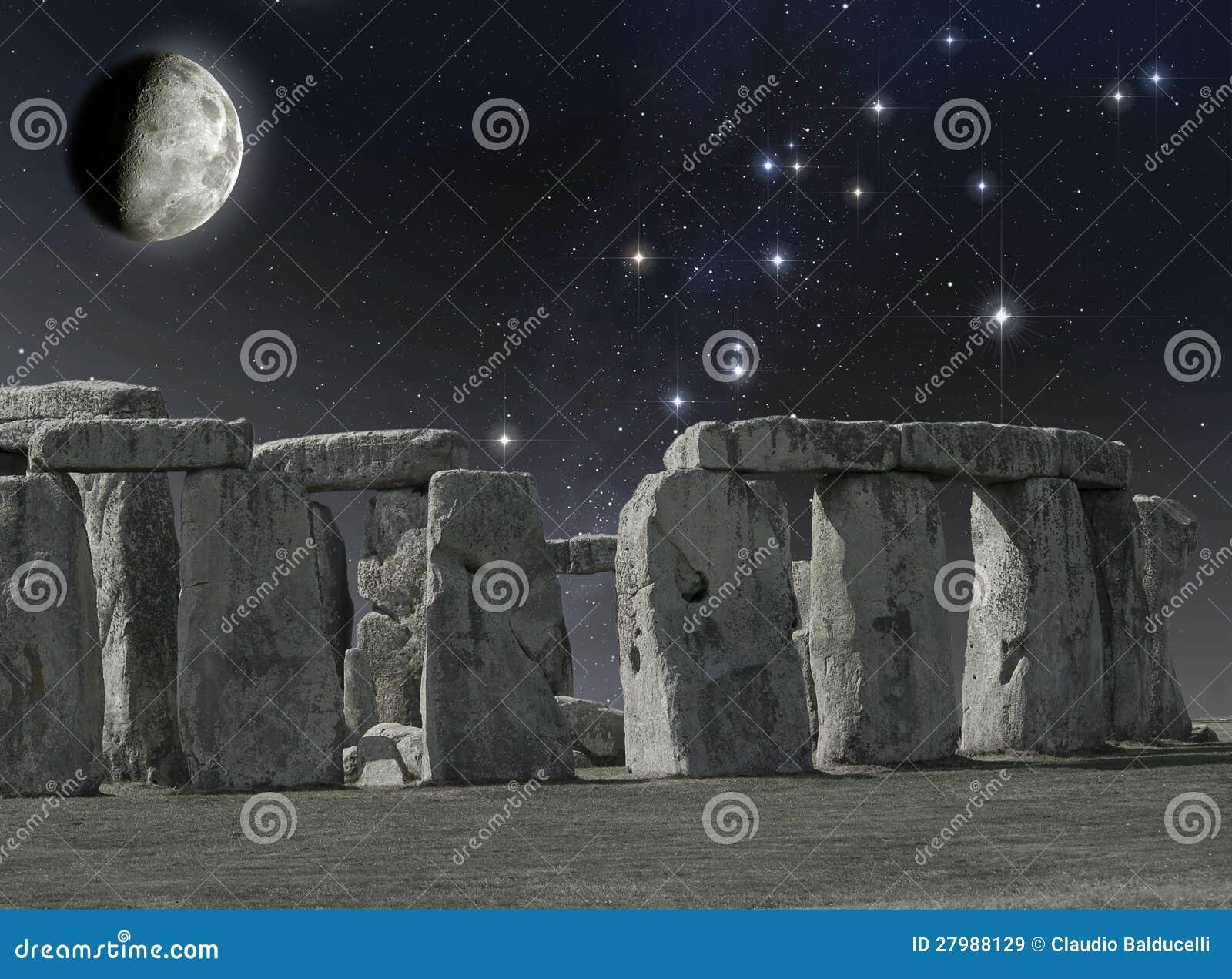 stonehenge moonlight - HD1300×1049