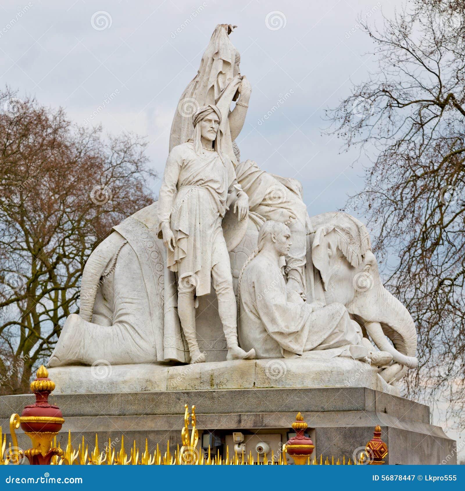 Monumento di albert nel kingdome di Londra Inghilterra e nella vecchia costruzione