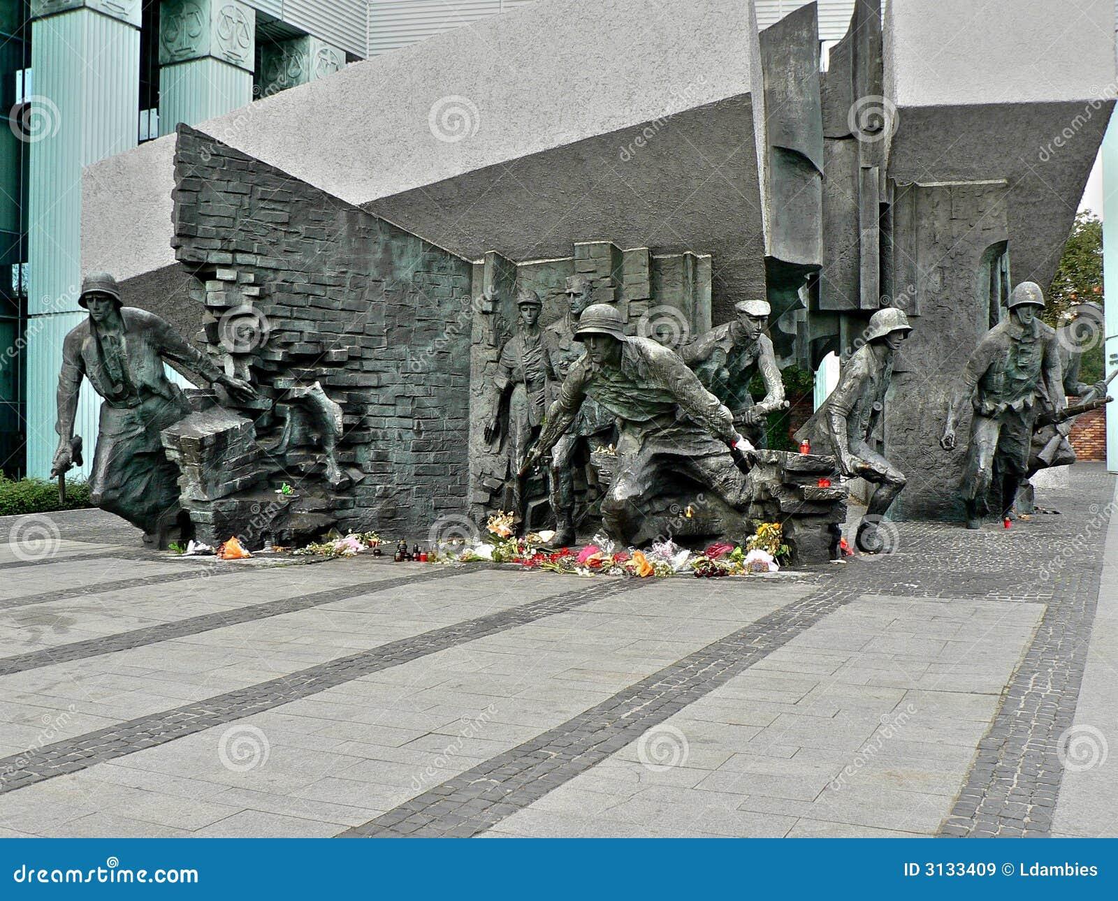 Monumento di guerra II di parola