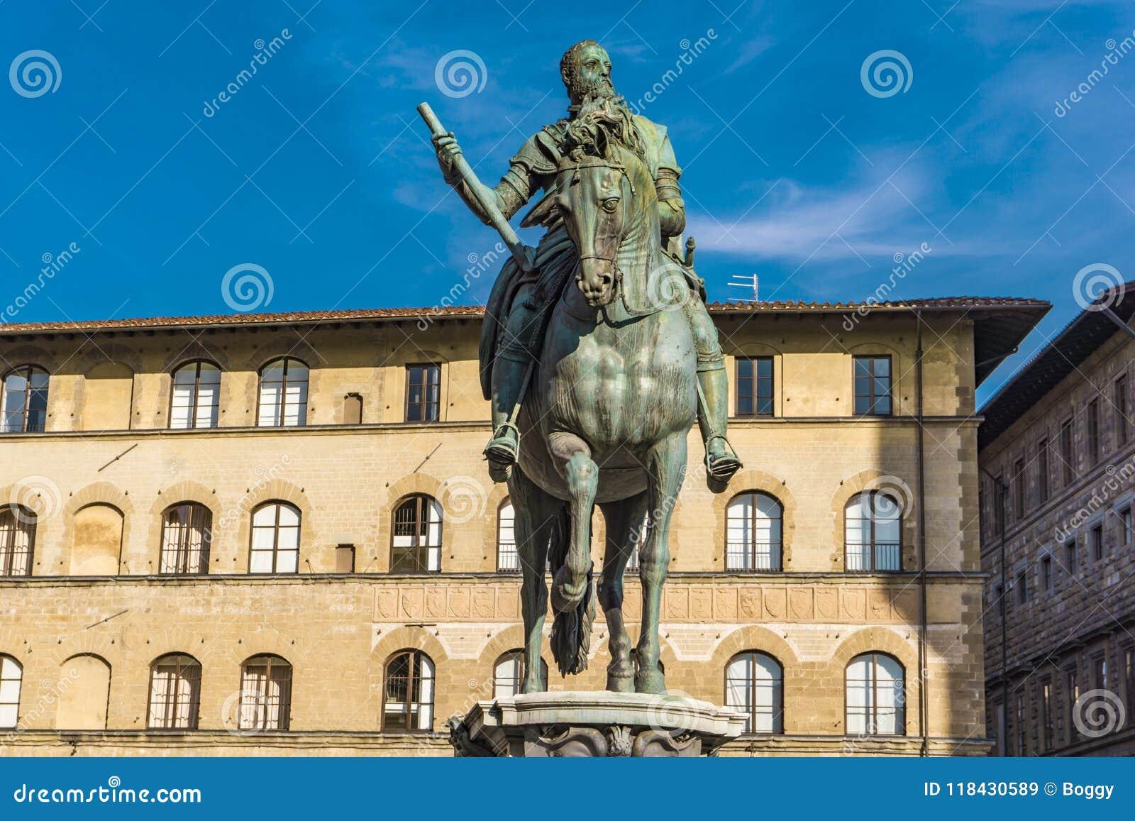 Monumento equestre di Cosimo I a Firenze