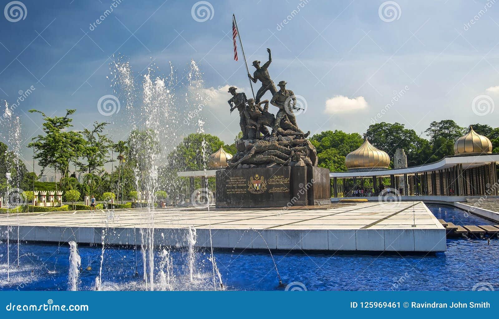 MONUMENTO NACIONAL - KUALA LUMPUR