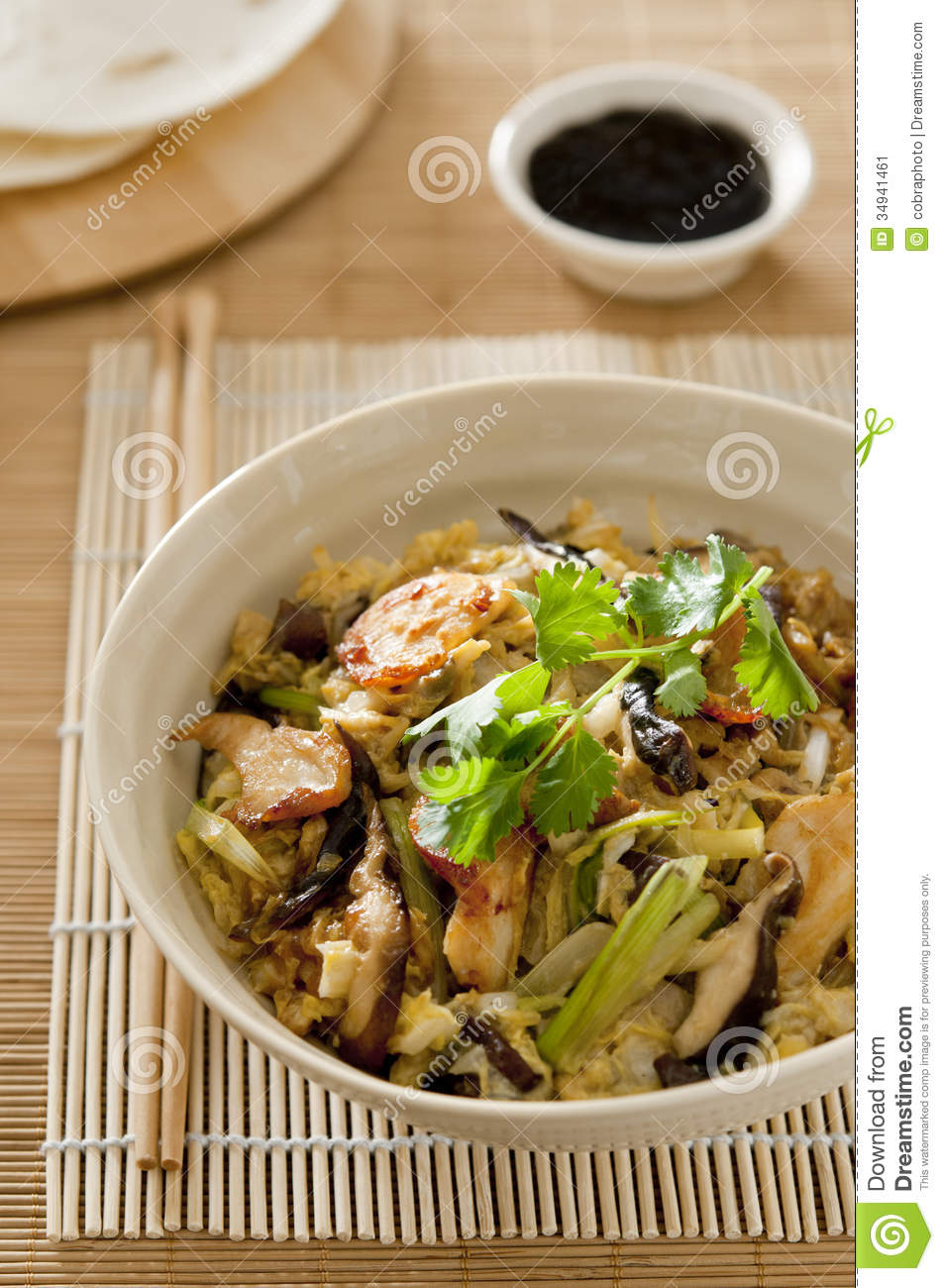chicken chicken and shiitake mushrooms claypot chicken and shiitake ...