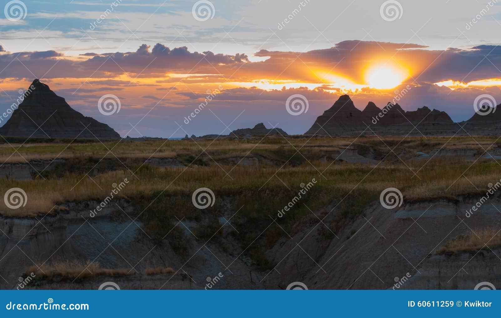 Mooi het Park van Zuid- zonsondergangbadlands Nationaal Dakota