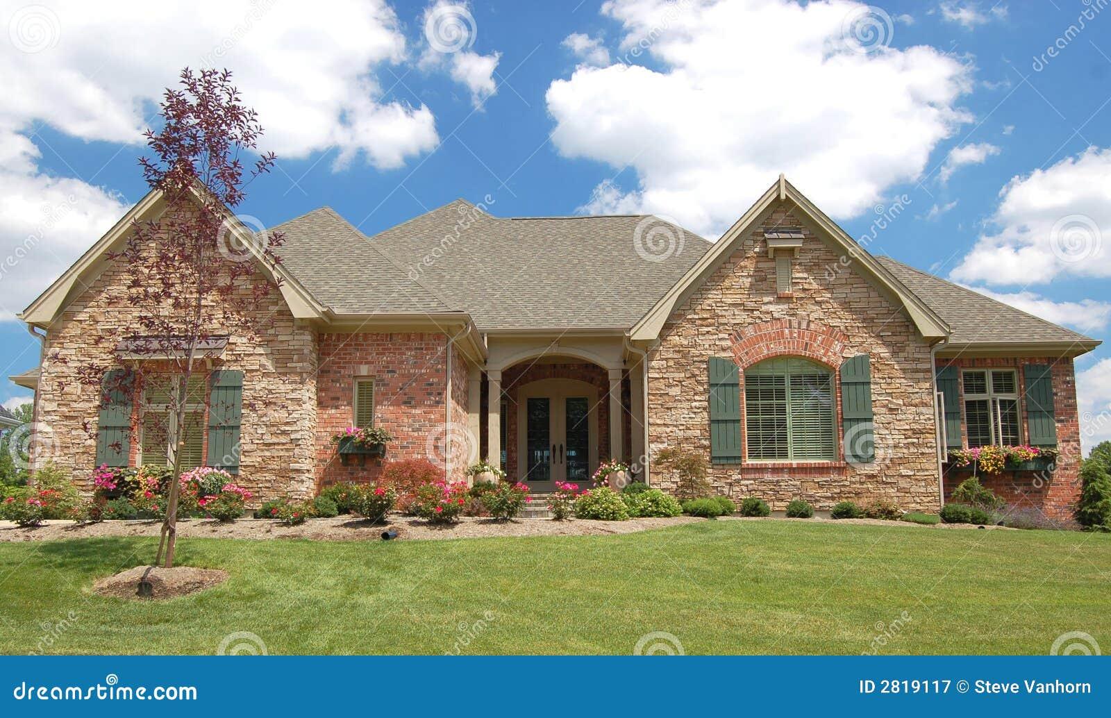 Mooi huis stock afbeelding afbeelding bestaande uit woon 2819117 - Mooi huis ...
