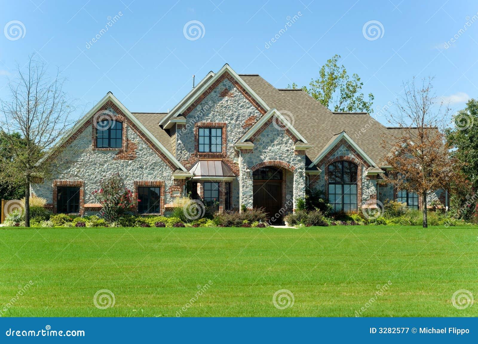 Mooi huis royalty vrije stock fotografie afbeelding 3282577 - Mooi huis ...