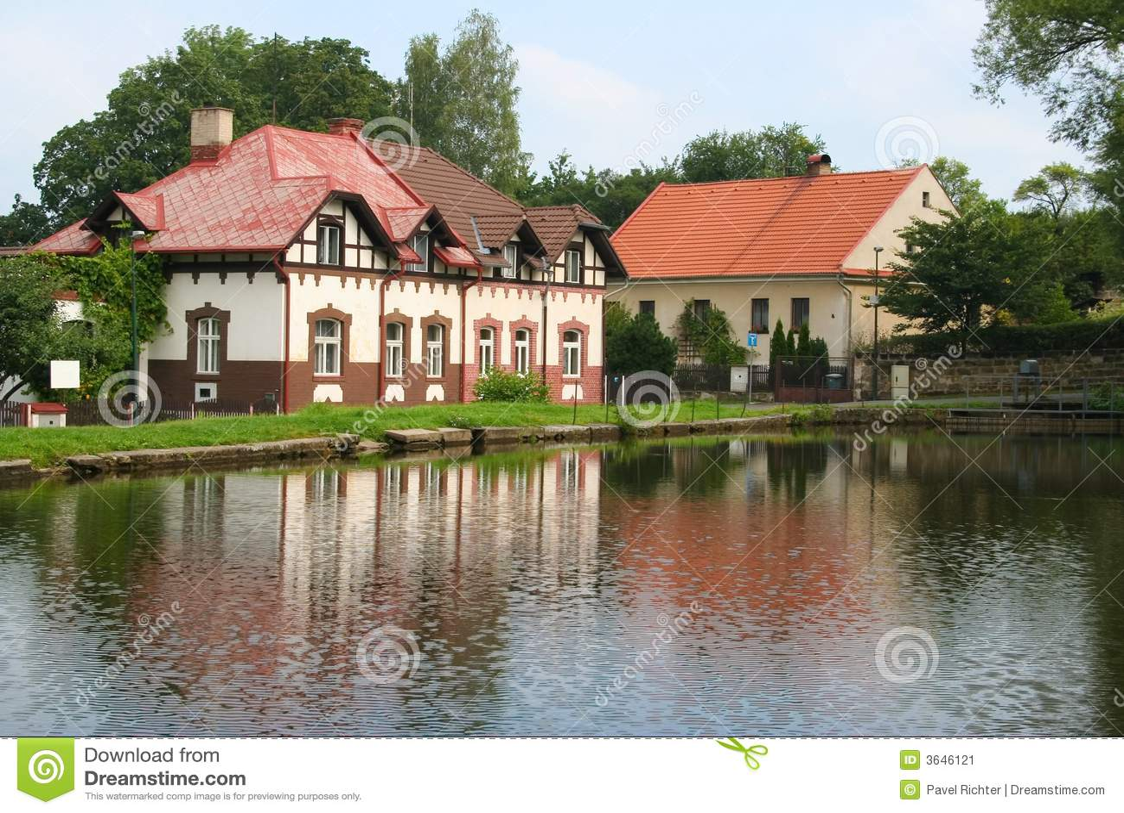 Mooi huis stock afbeelding beeld 3646121 - Mooi huis ...