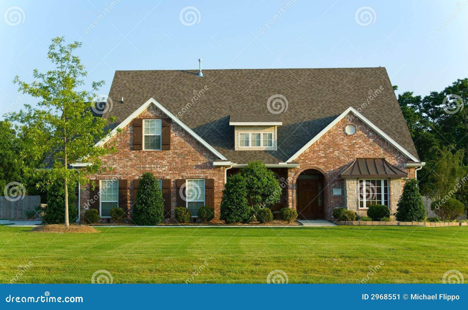 Mooi huis bezit stock afbeelding afbeelding bestaande uit daken 2968551 - Mooi huis ...