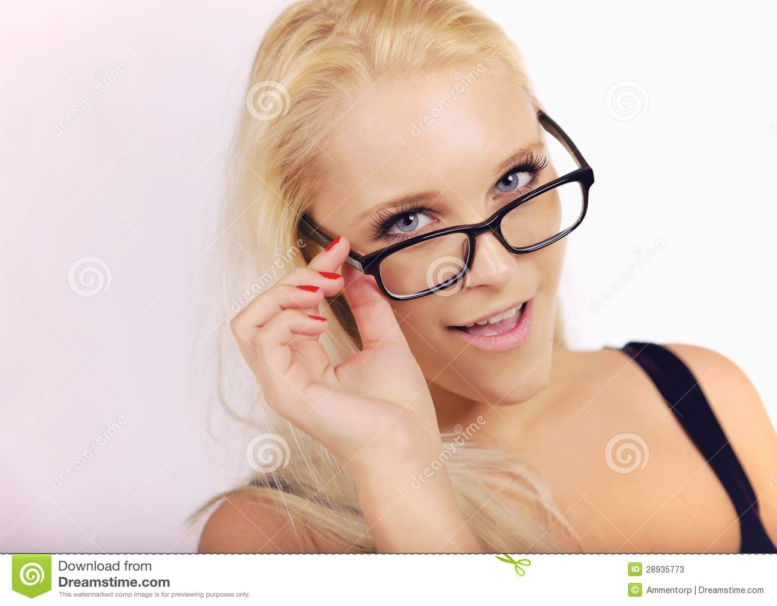 Mooi Meisje die zeer Slim in Haar Eyewear kijken