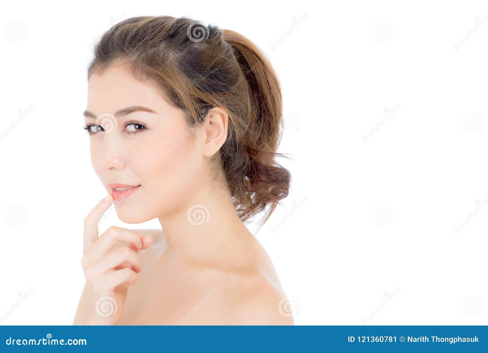 Mooi meisje met make-up, vrouwen en huidzorg kosmetisch concept/aantrekkelijk Aziatisch meisje op geïsoleerd gezicht