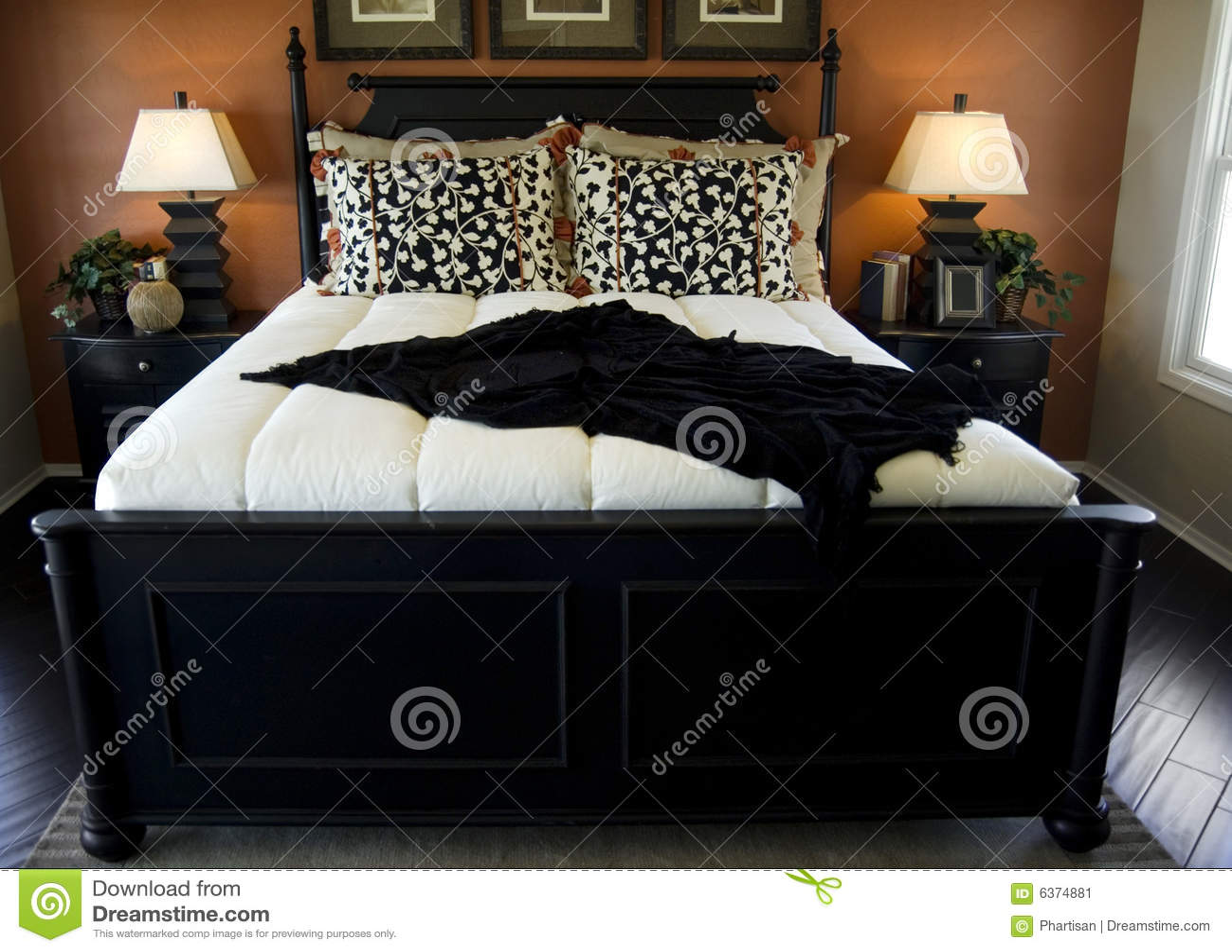Mooi slaapkamer binnenlands ontwerp stock afbeelding   afbeelding ...
