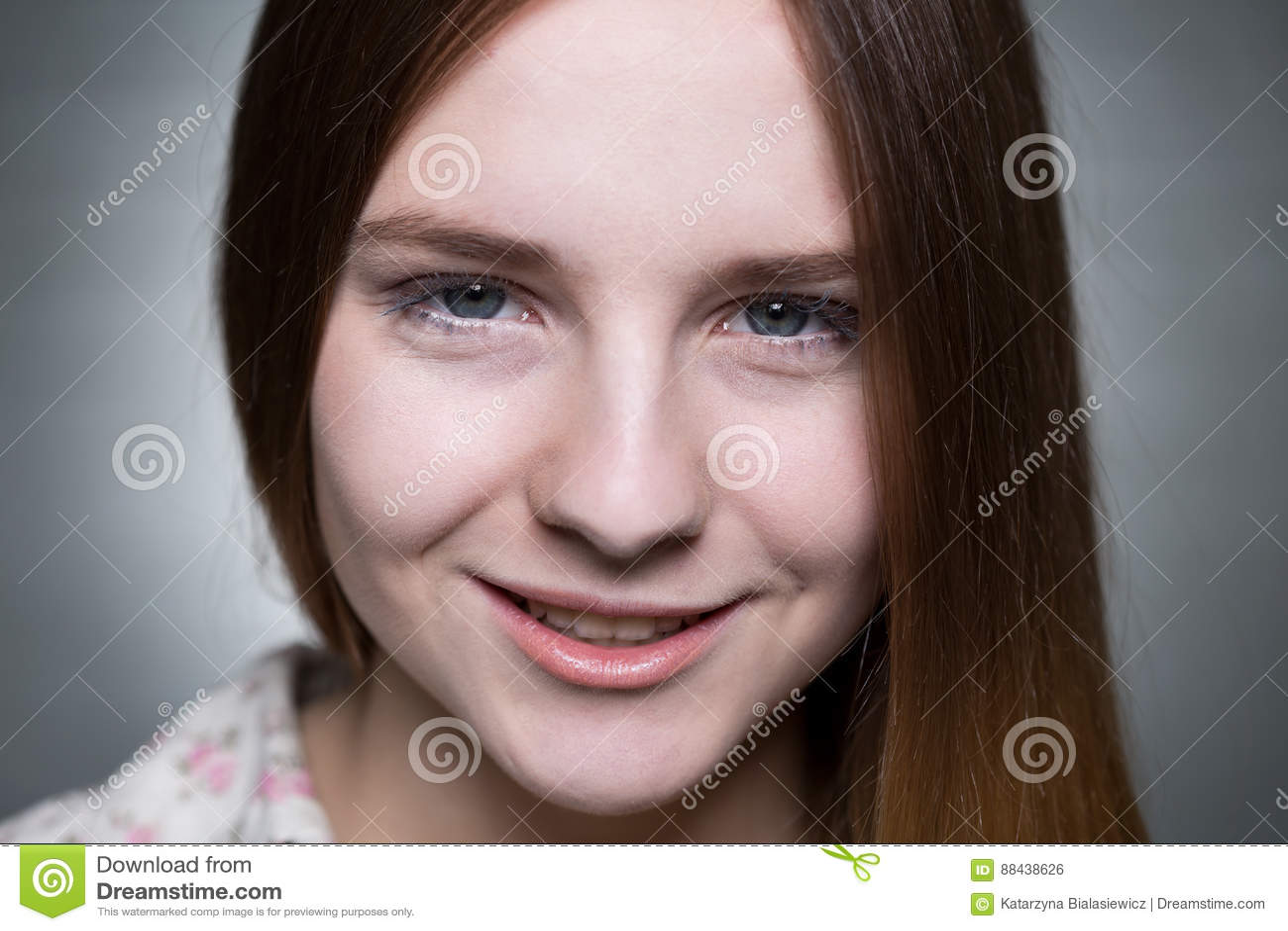 Mooi tiener` s gezicht