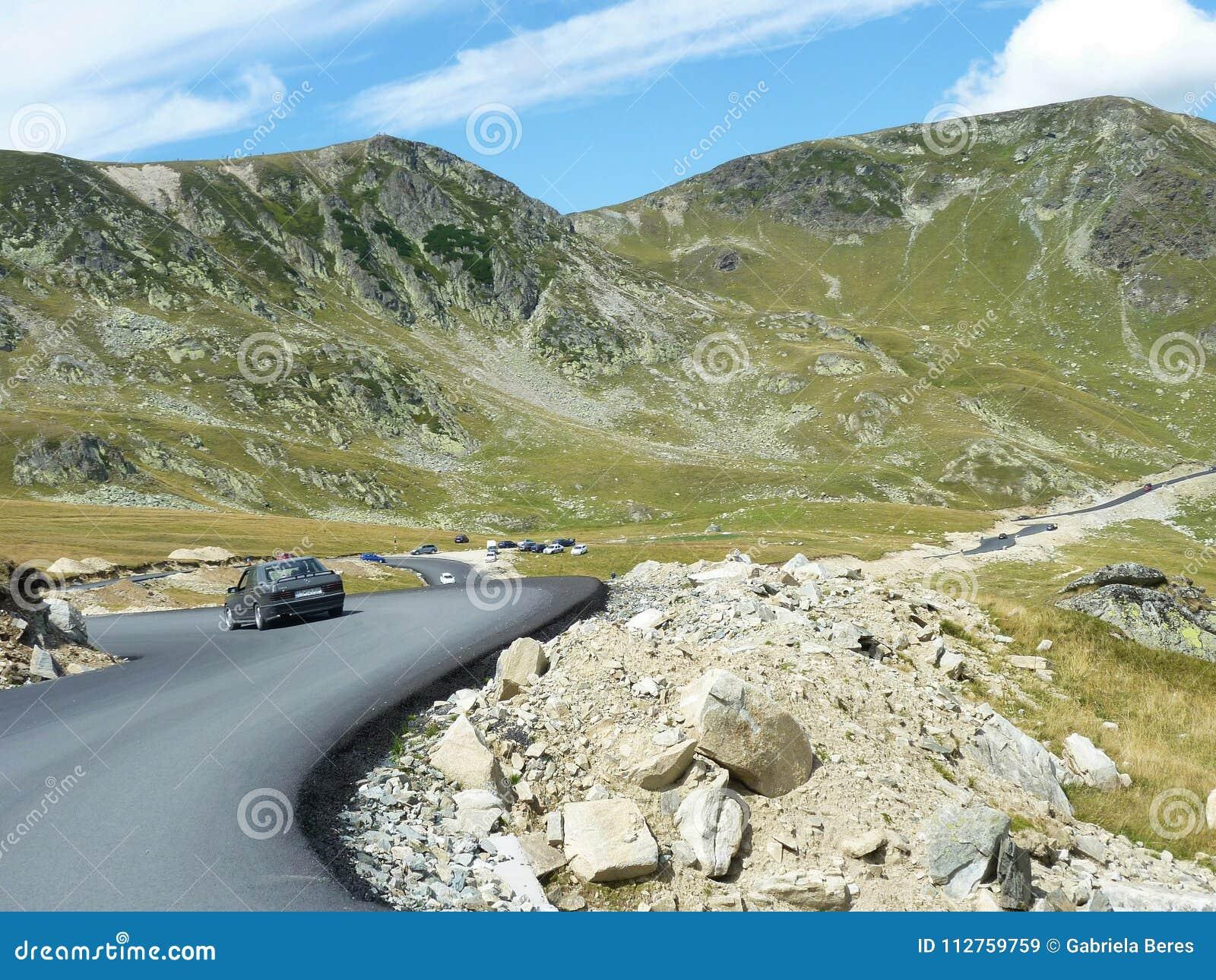 Mooie bergweg in Roemenië, Transalpina