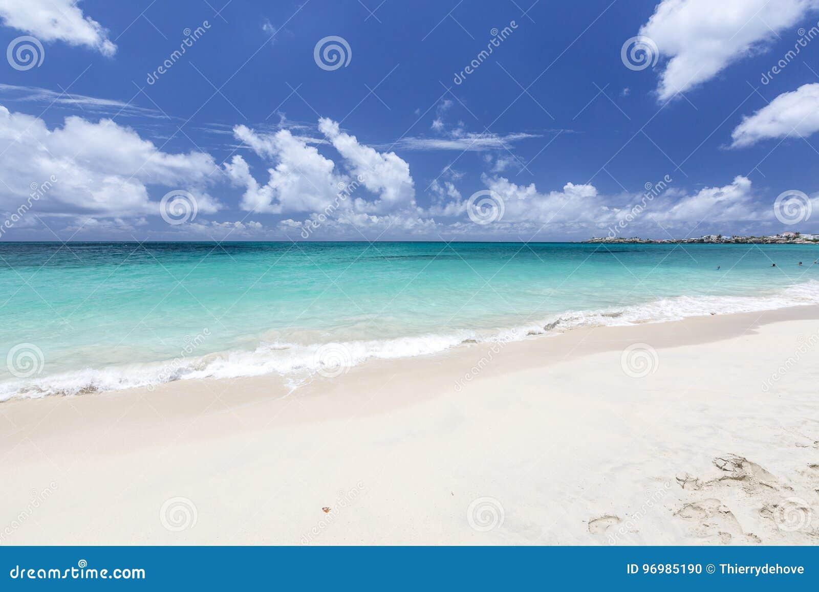 Mooie Caraïbische Stranden van Heilige Martin, Sint Maarten Cari