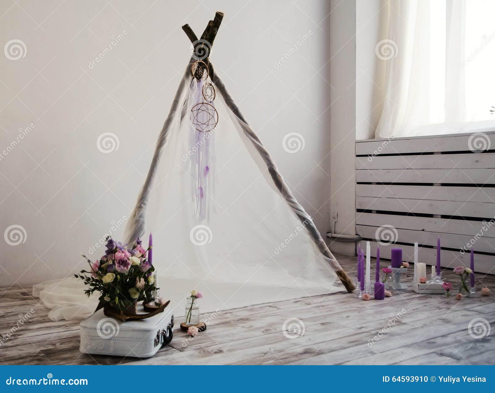 Mooie decoratie voor de spruit van de huwelijksfoto