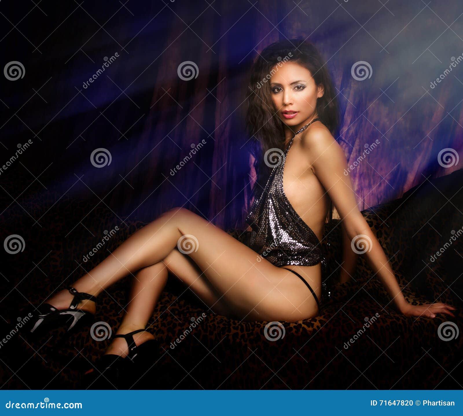 lange sexvideos mooie jonge vrouwen