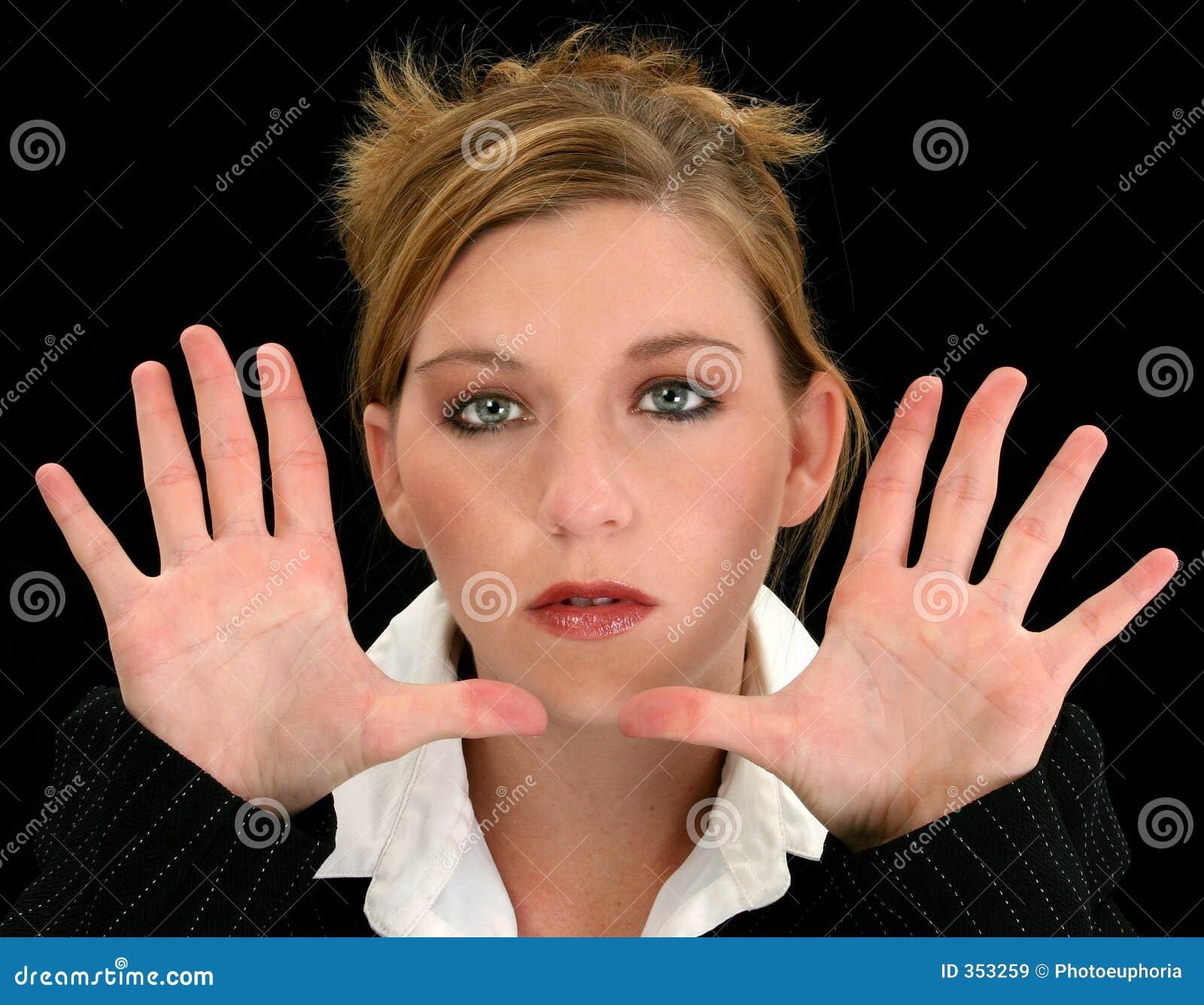 Mooie Jonge BedrijfsVrouw met Handen naar Camera