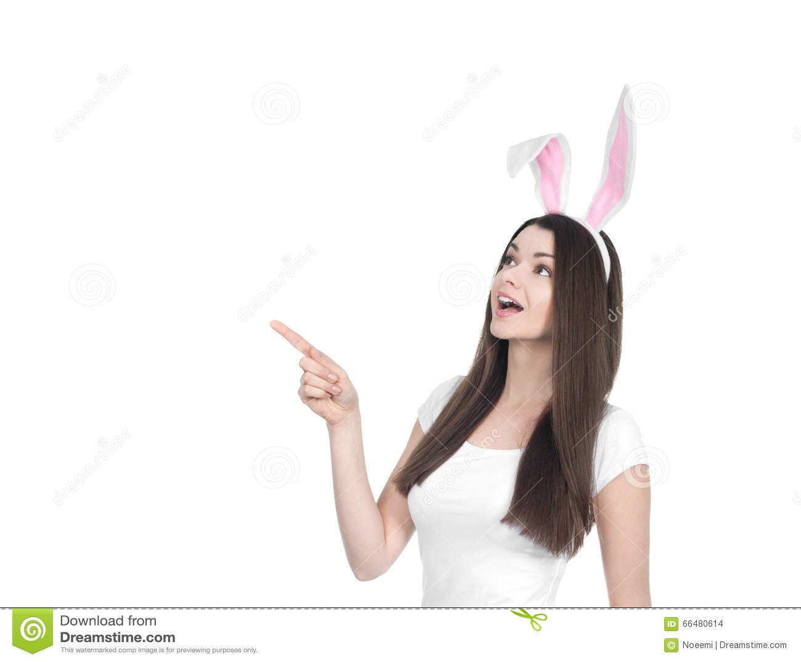 Mooie jonge vrouw als Pasen-konijntje