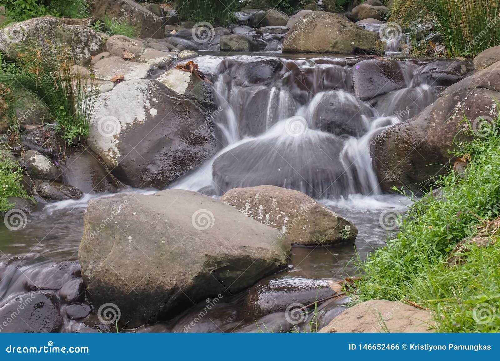 Mooie kleine waterval
