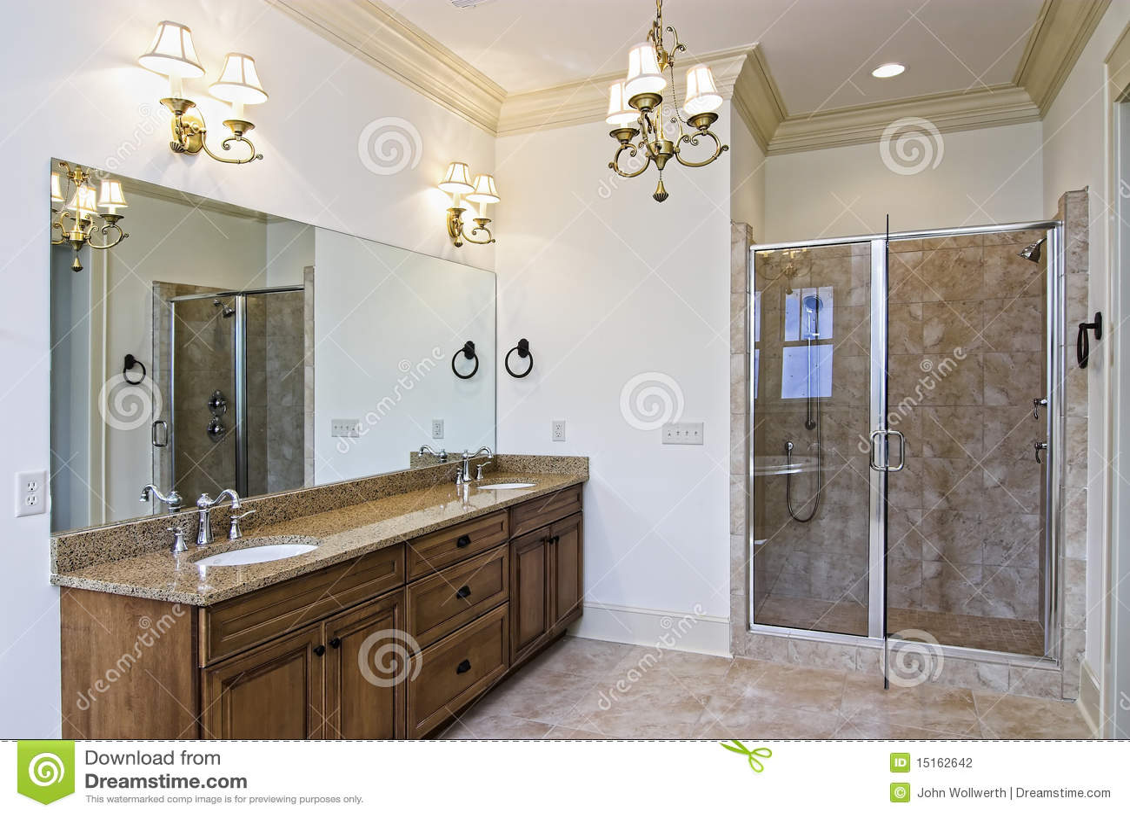 mooie nieuwe badkamers stock fotografie afbeelding 15162642. Black Bedroom Furniture Sets. Home Design Ideas
