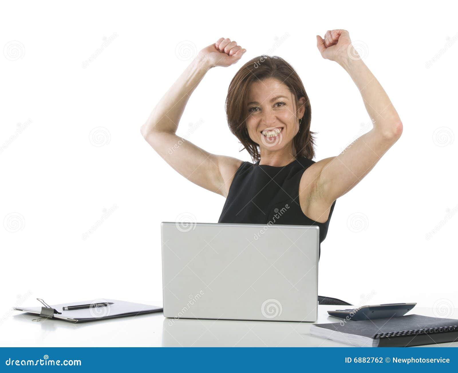 Mooie onderneemster in haar triomfantelijk bureau stock fotografie afbeelding 6882762 - Secretaresse witte ...