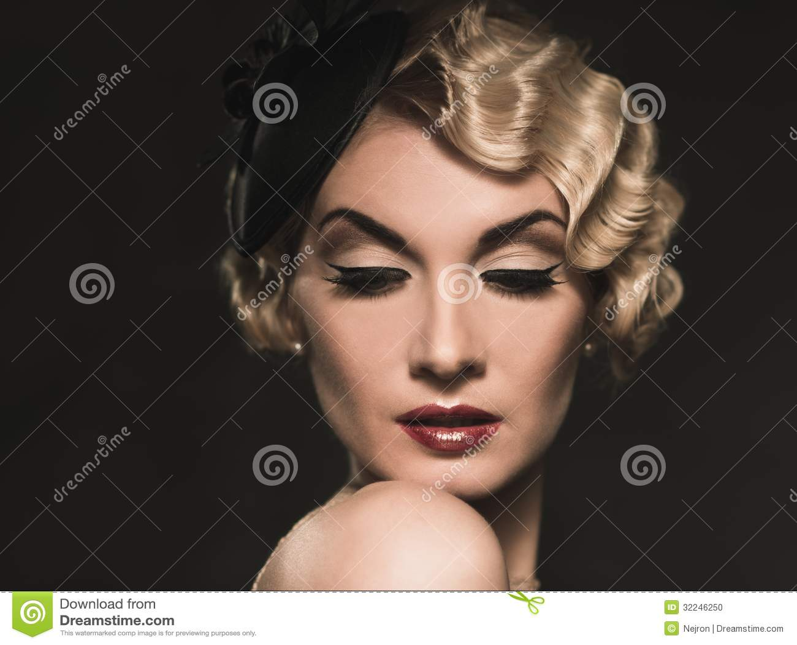 Mooie retro vrouw