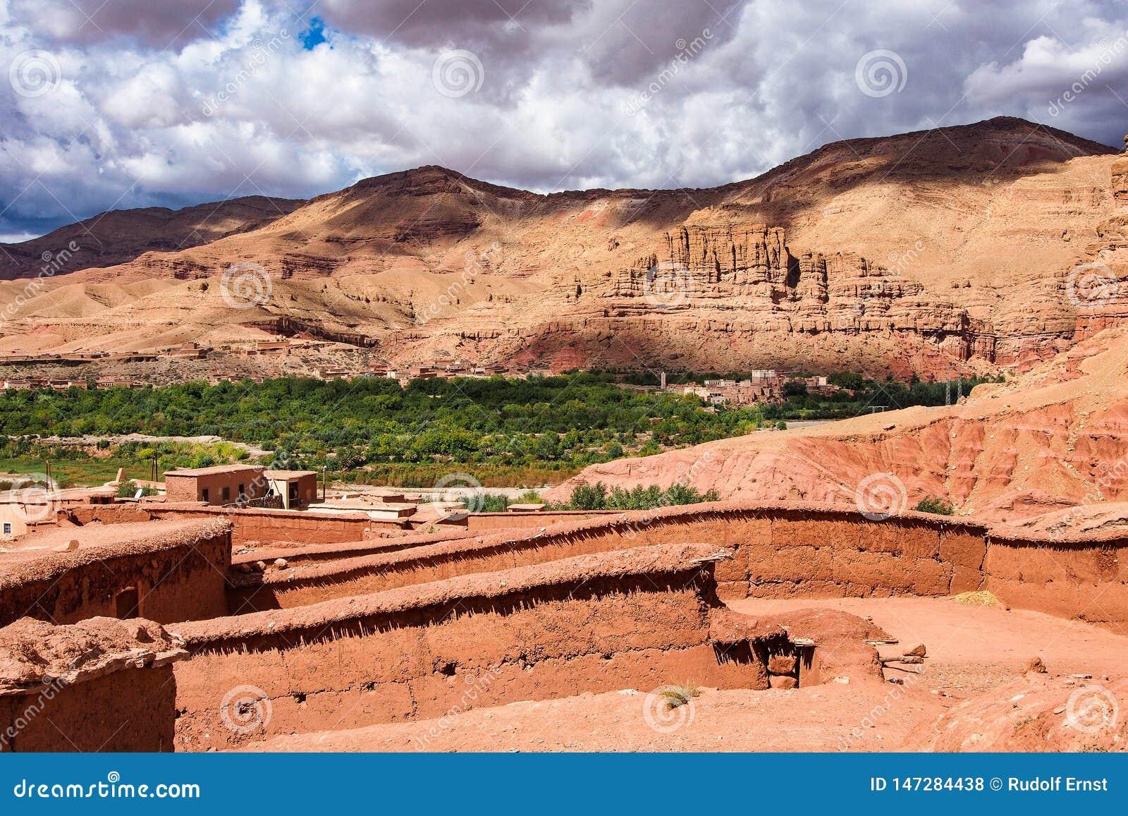 Mooie Rose Valley - Vallee des Roses, dichtbij Ouarzazate, Marokko