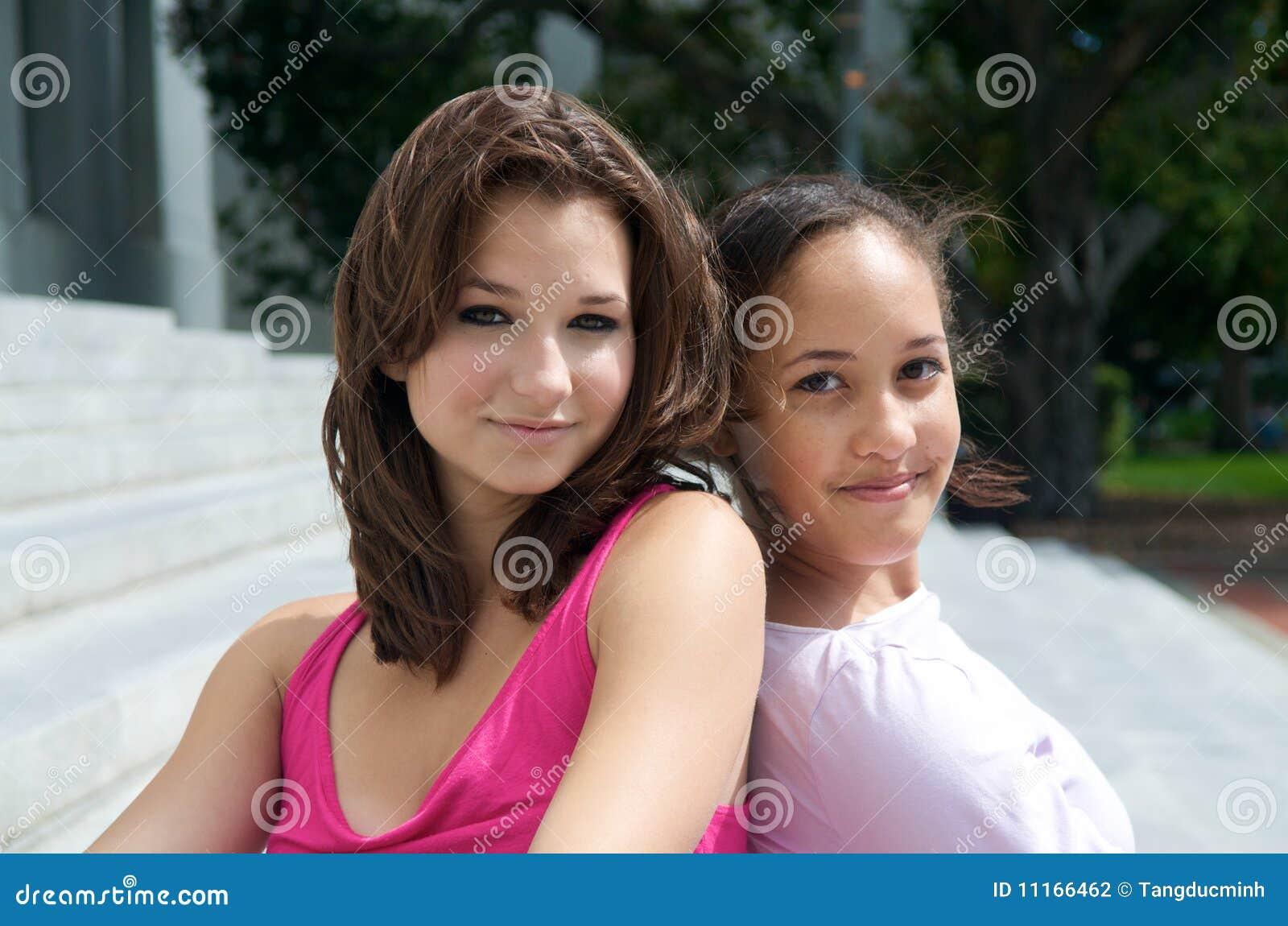 Mooie tienermeisjes stock fotografie afbeelding 11166462 - Tiener meisje foto ...