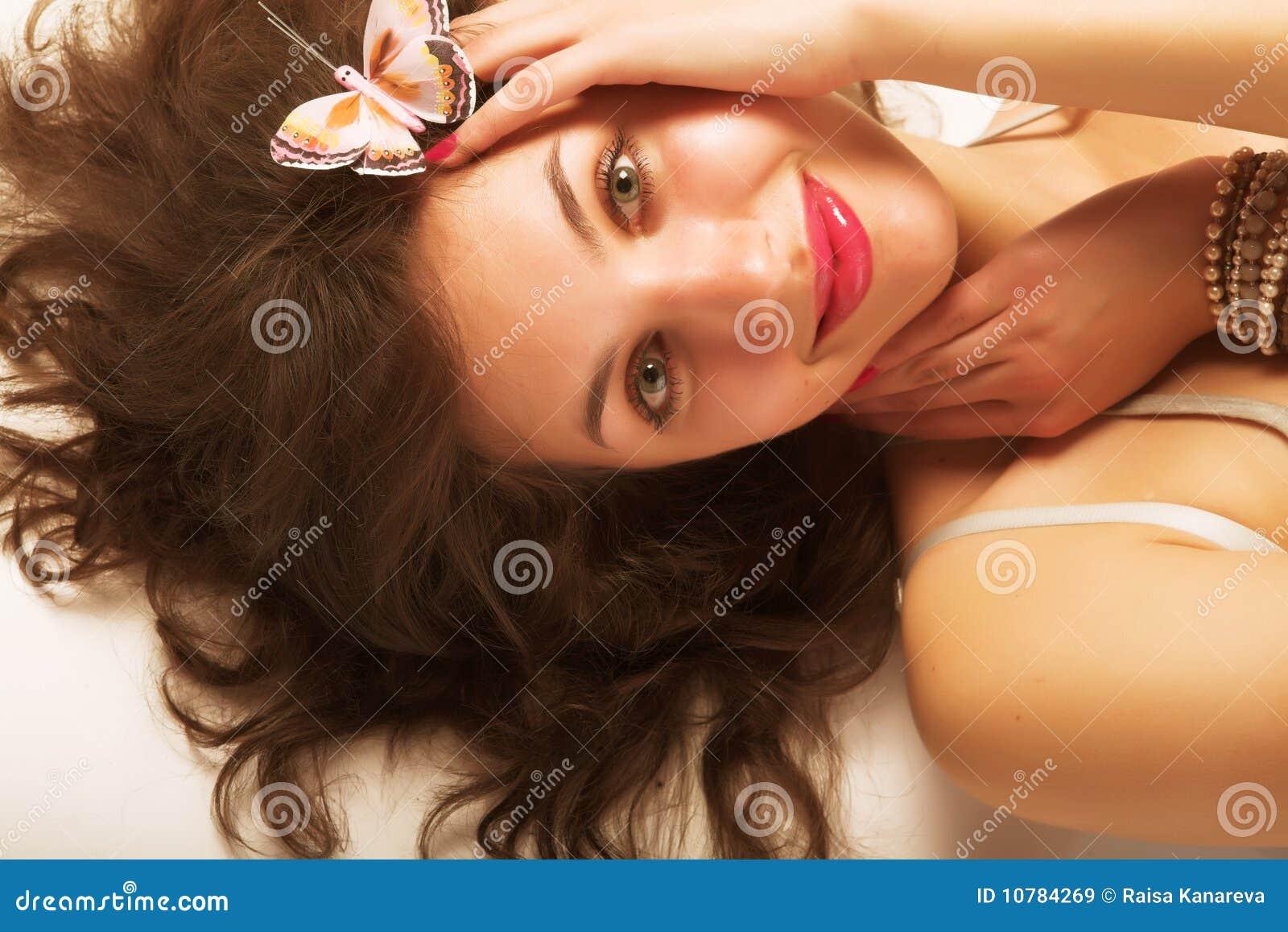 Mooie vrouw met lang haar